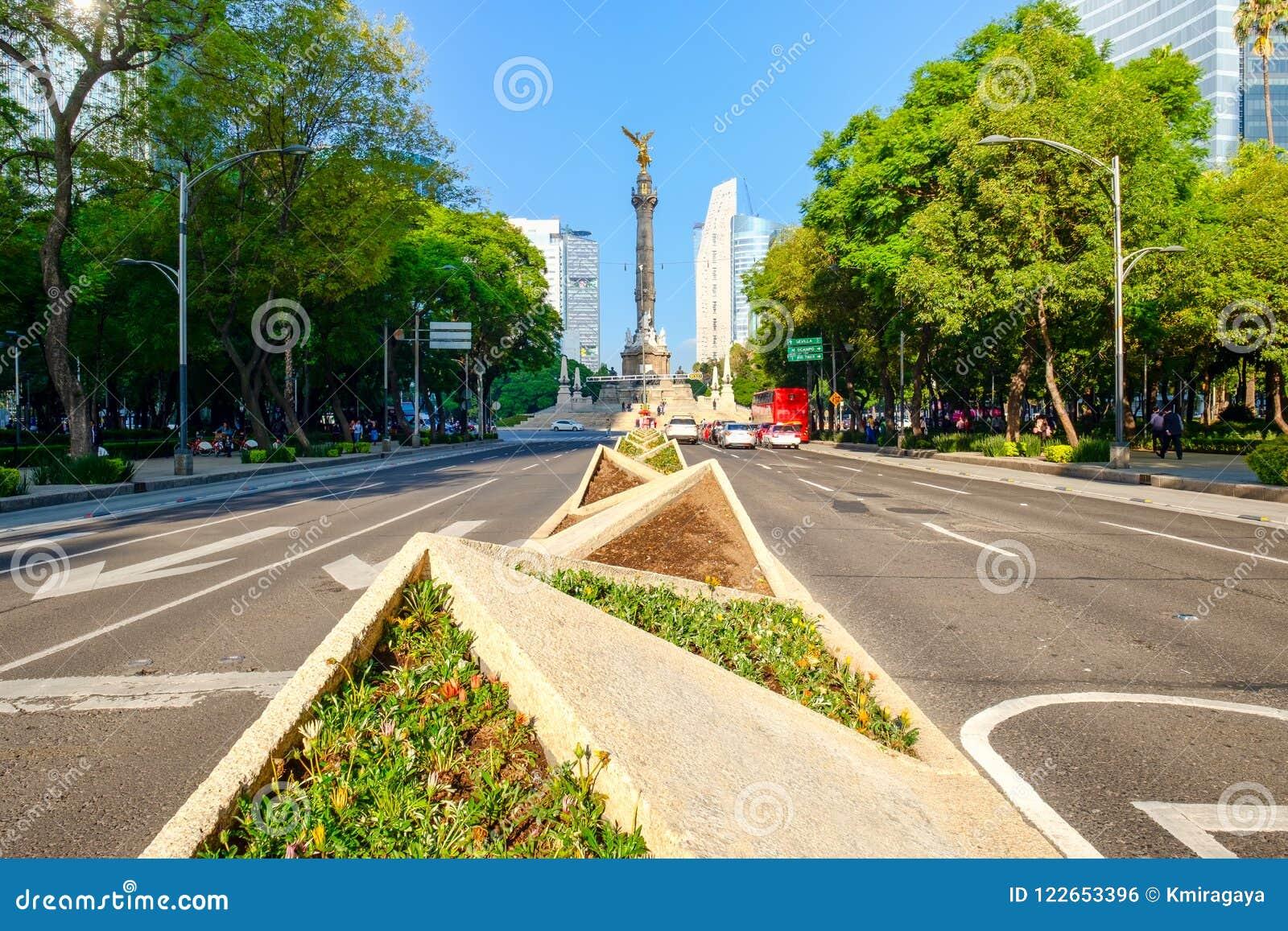 De Engel van Onafhankelijkheid in Paseo DE La Reforma in Mexico-City