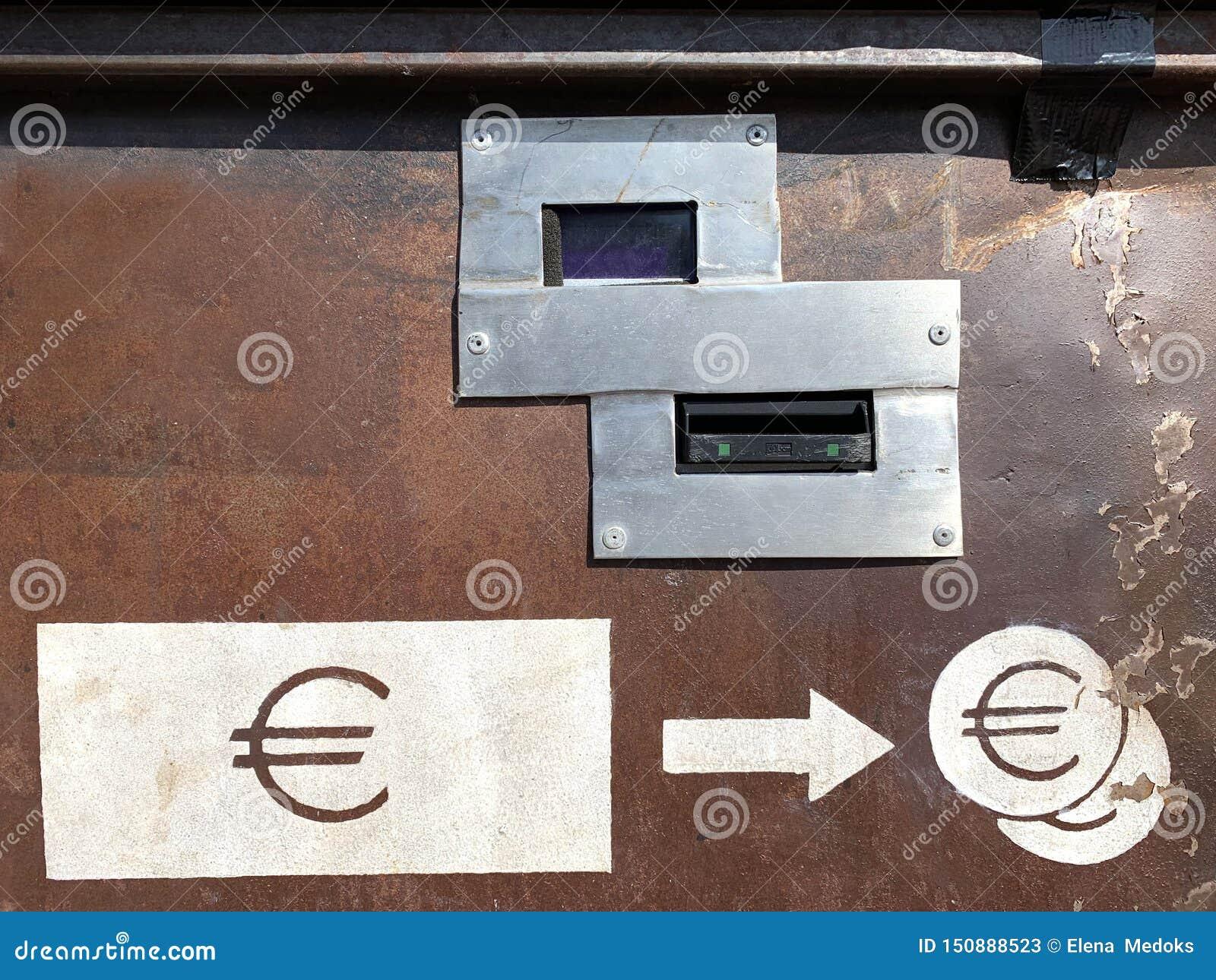 De euro machine van de papiergelduitwisseling
