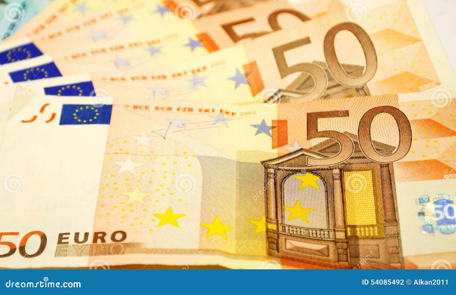 De euro rekeningen sluiten omhoog