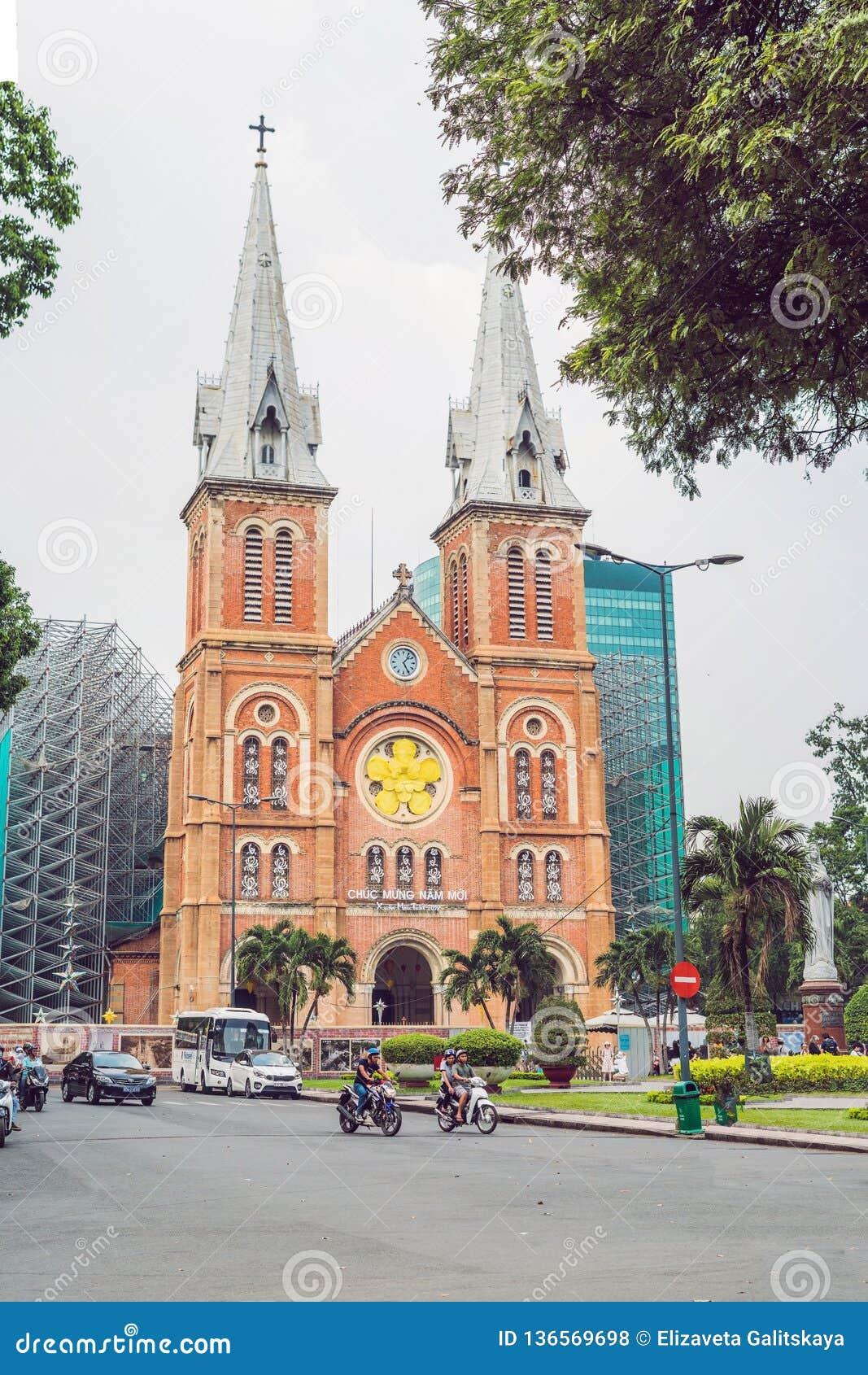 7 de febrero de 2018, Ho Chi Minh City, Vietnam: La catedral de Notre Dame de Saigon, construye en 1883 en la ciudad de Ho Chi Mi