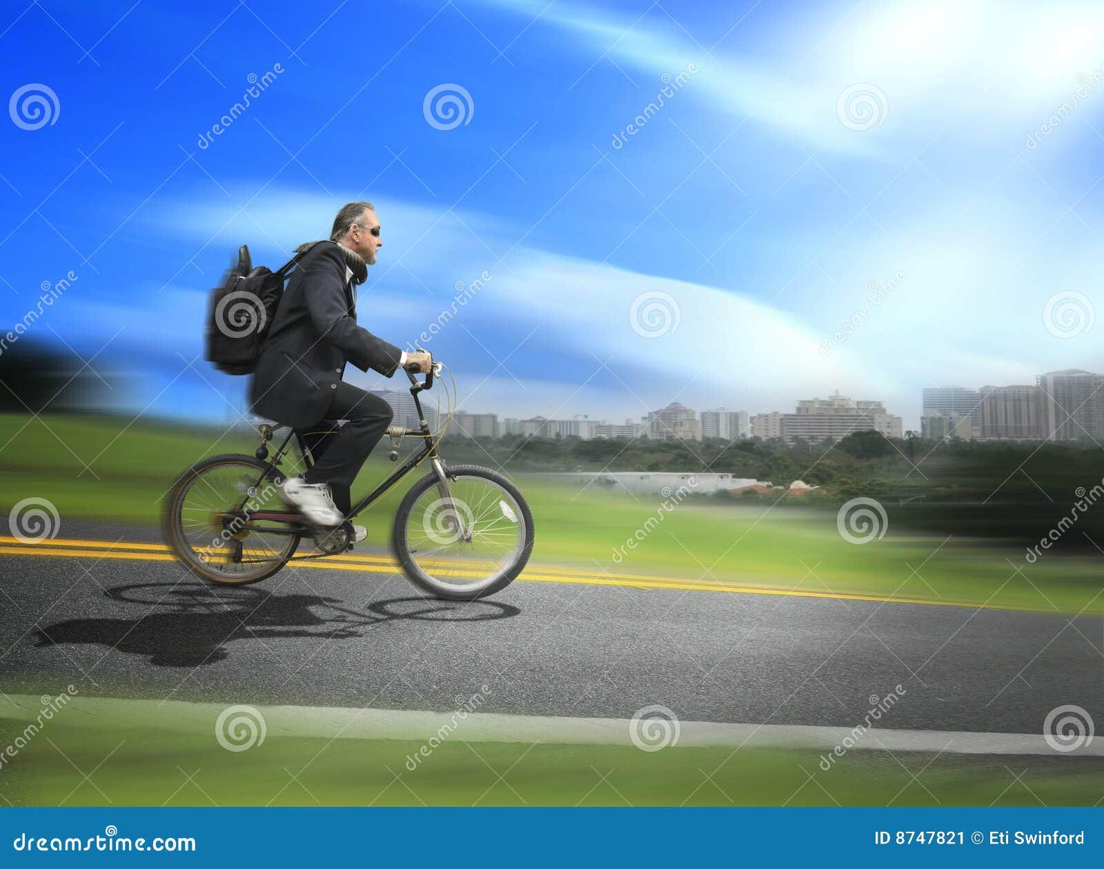 De fiets van het personenvervoer om te werken