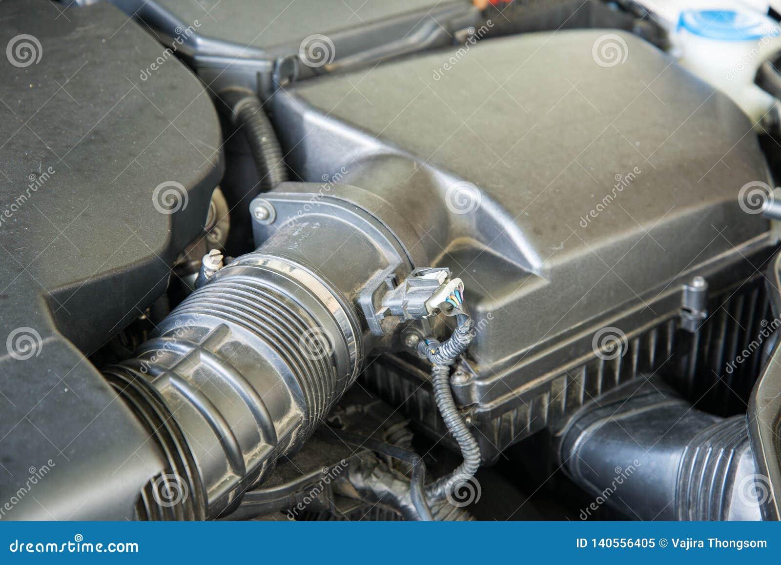 De filterdoos van de motor van een autolucht