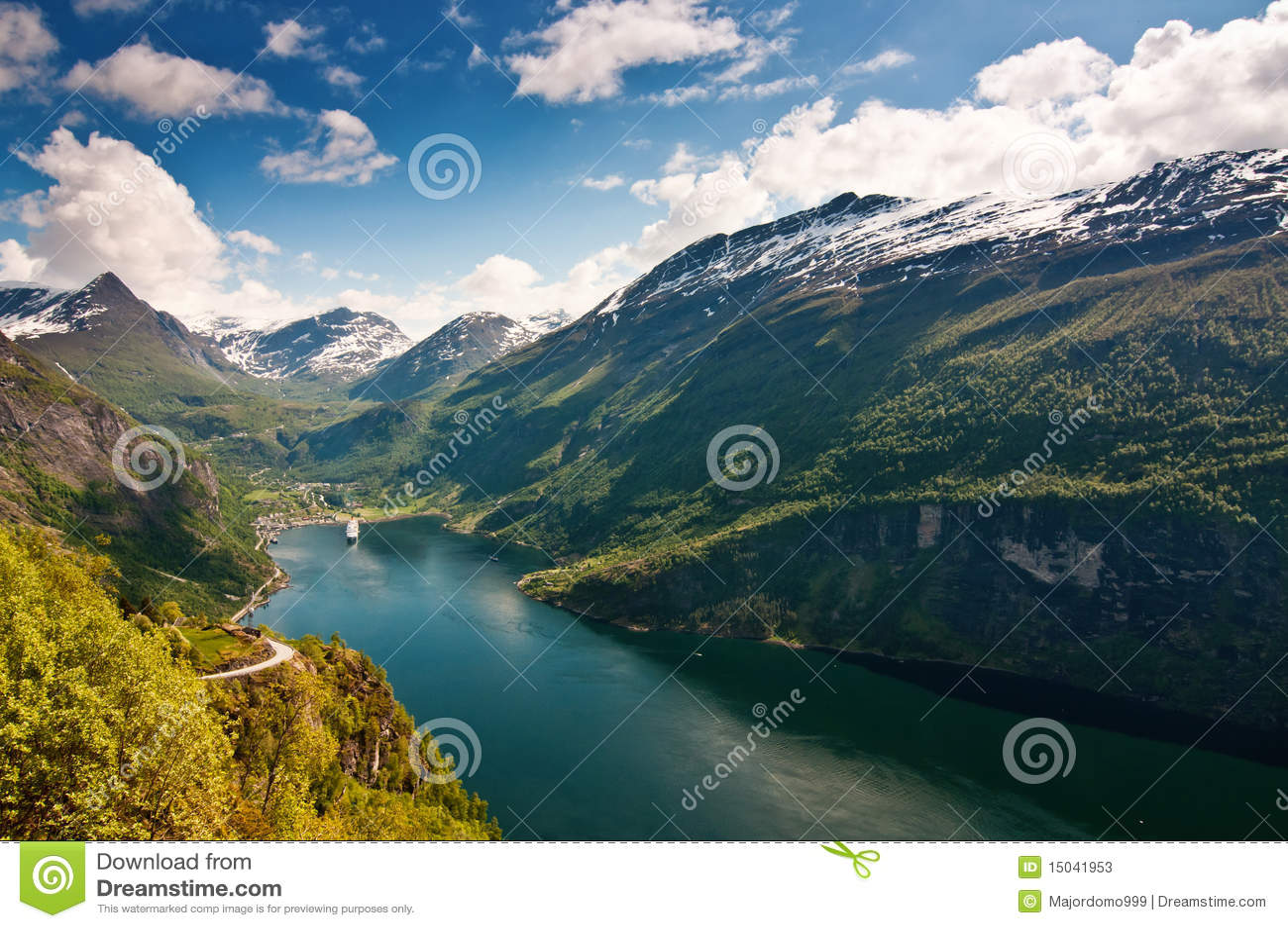 De Fjord van Geiranger (Noorwegen)