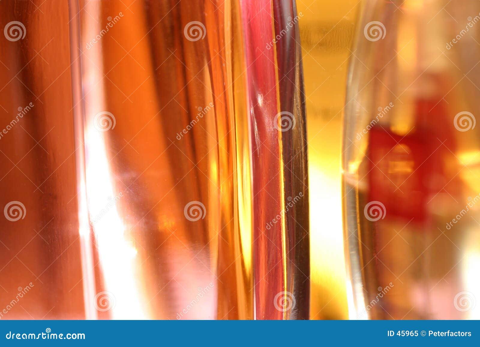 De flessen van het parfum