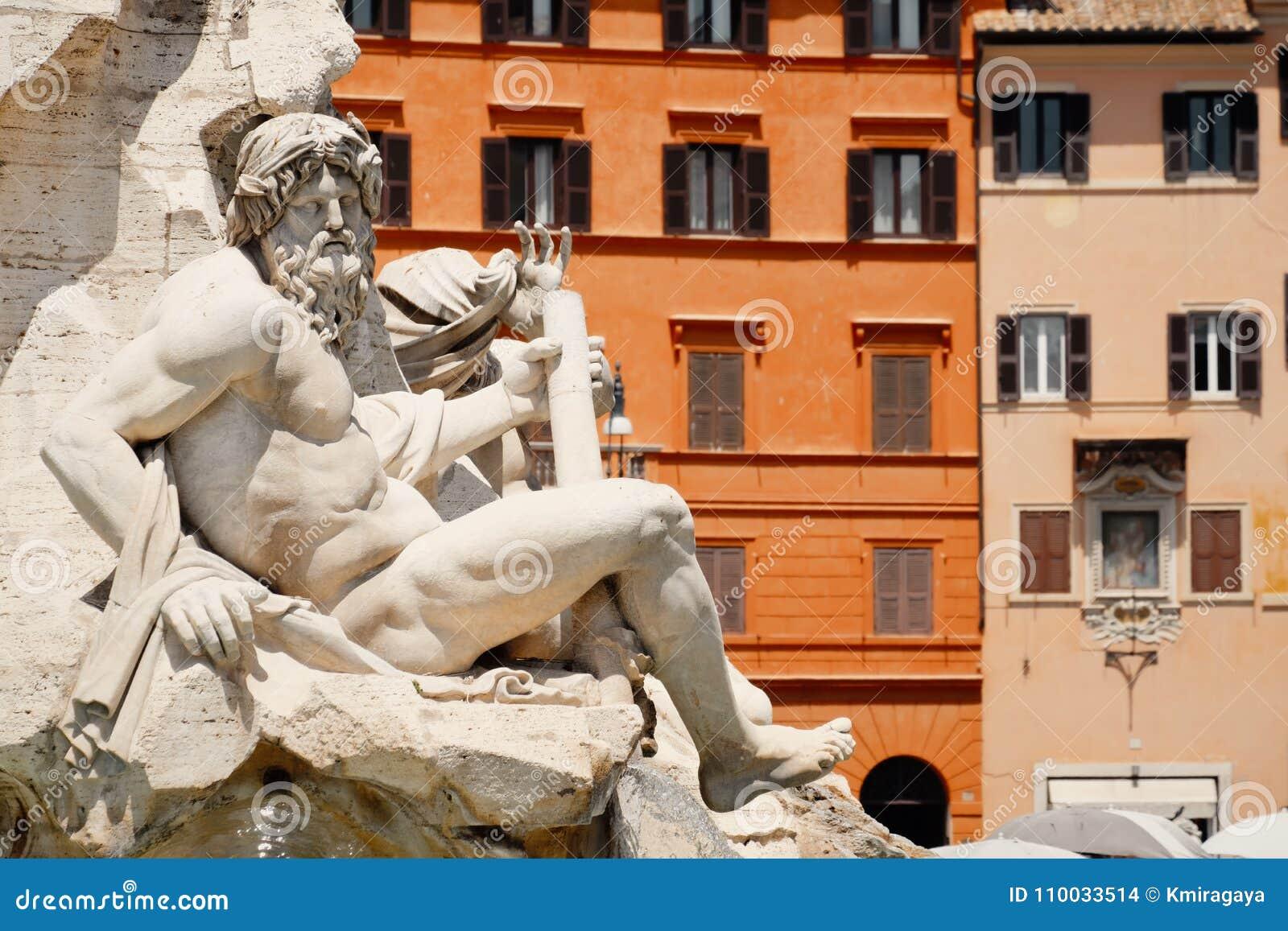 De Fontein van de Vier Rivieren bij Piazza Navona in Rome