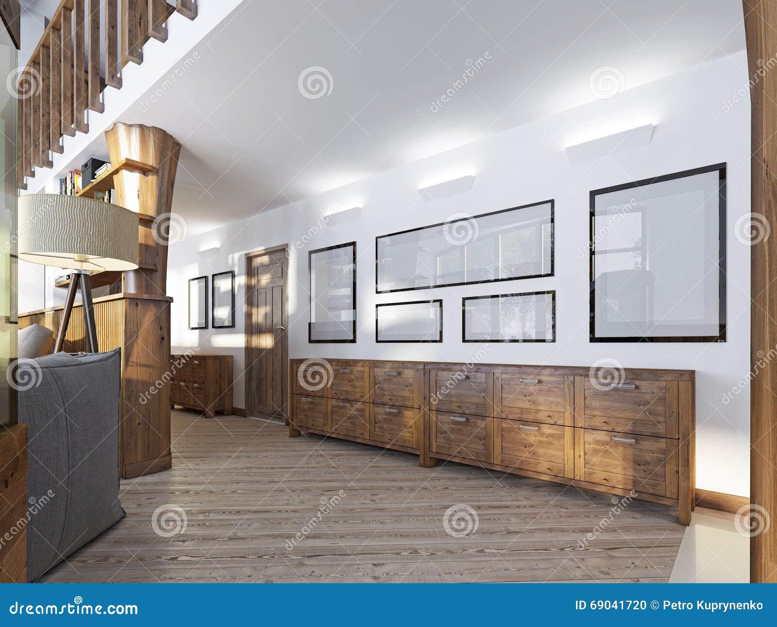 De gang in een zolder stijl met het houten met panelen bekleden en
