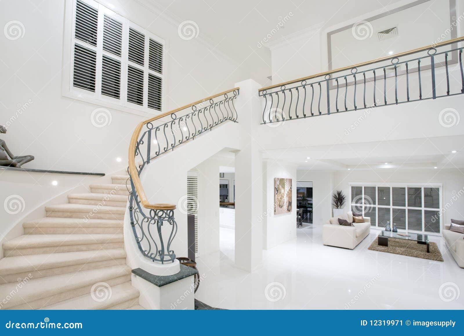 De gang van het herenhuis van de luxe stock afbeelding afbeelding 12319971 - Decoratie gang ingang ...