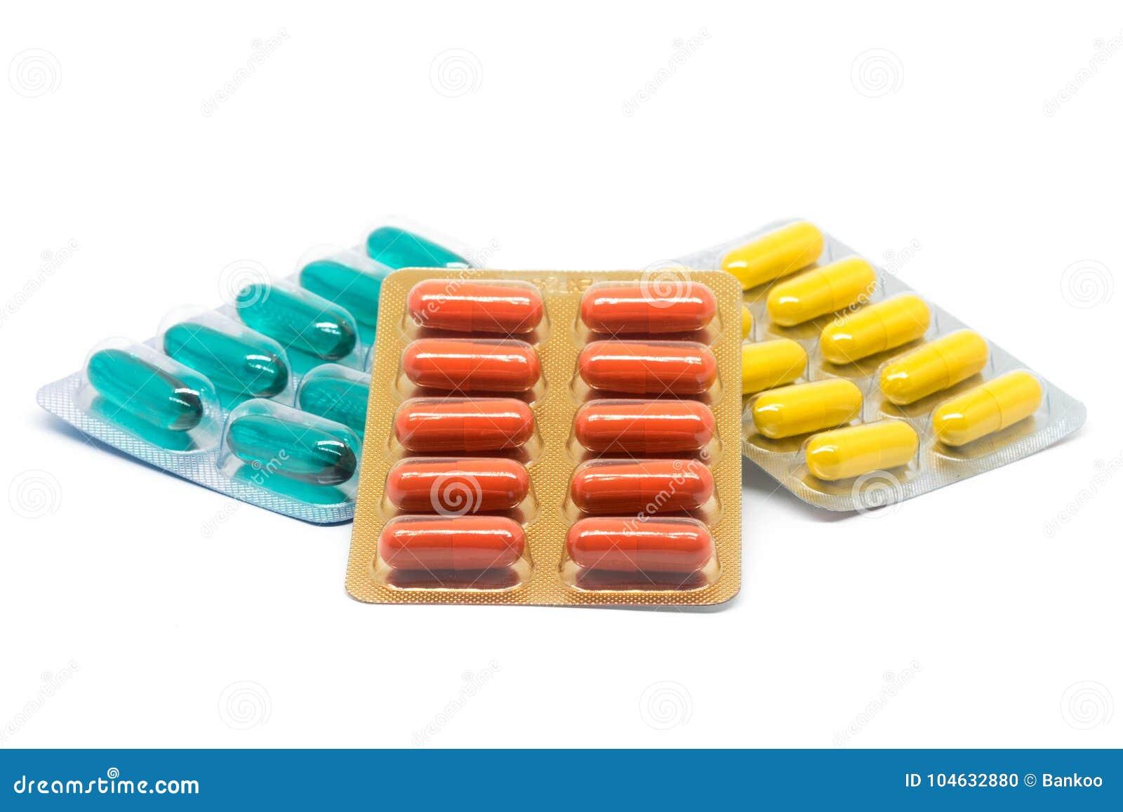 Download De Geelgroene En Oranje Pillen Van Gelatinecapsules In Blaarpak Stock Foto - Afbeelding bestaande uit up, sinaasappel: 104632880