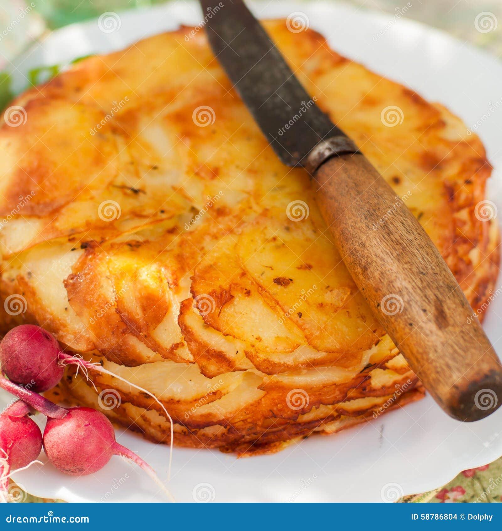 De gelaagde Aardappel bakt