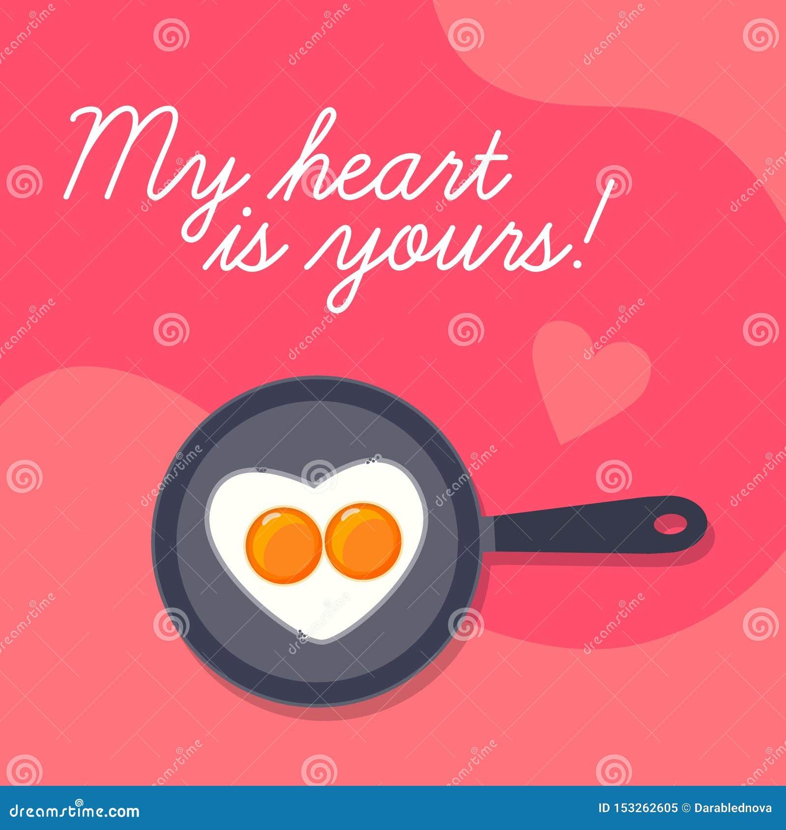 De gelukkige achtergrond van de Valentijnskaartendag, de mooie scrambled eieren van de hartvorm op pan