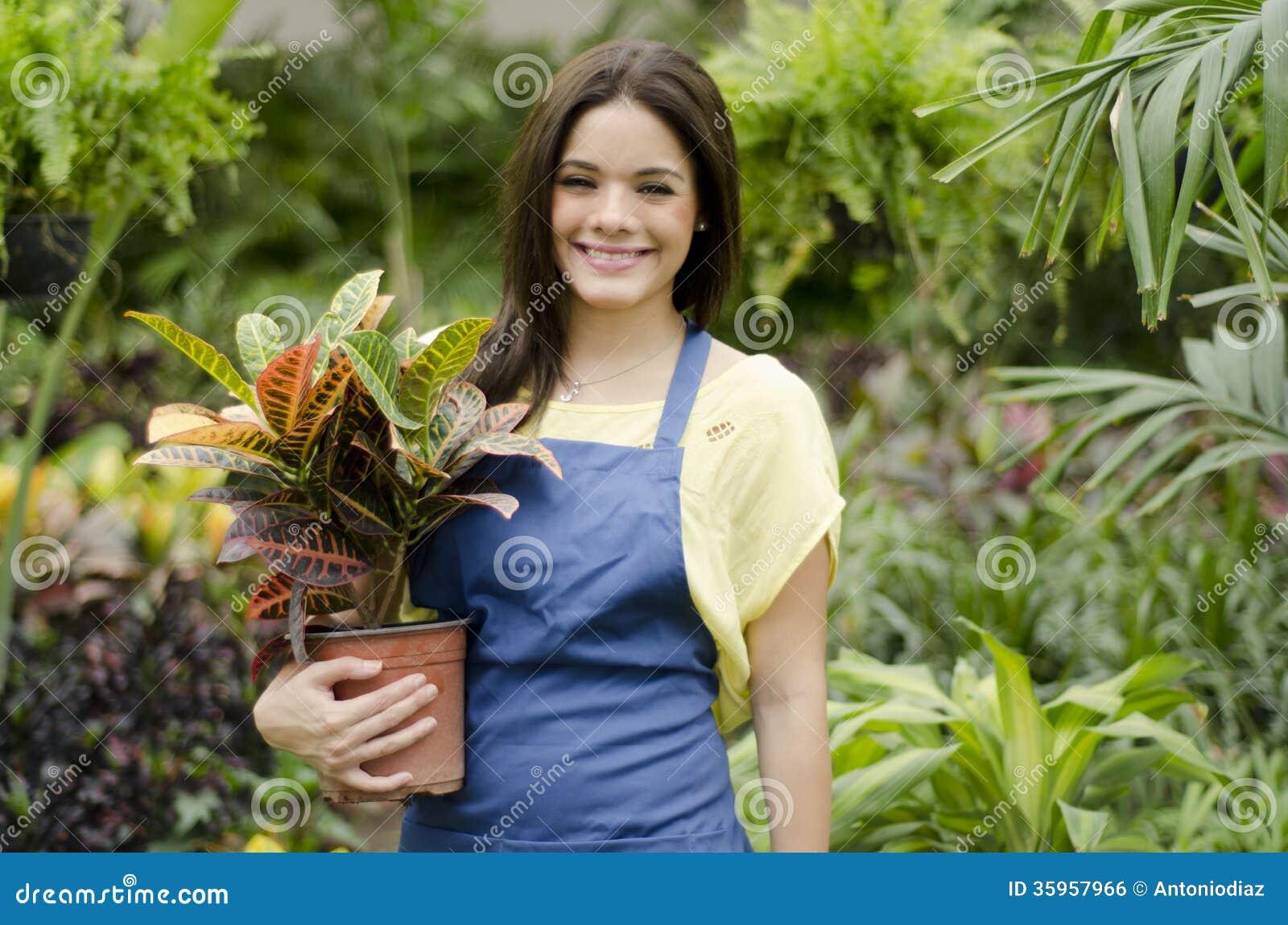 De gelukkige klanten van de tuinmangroet