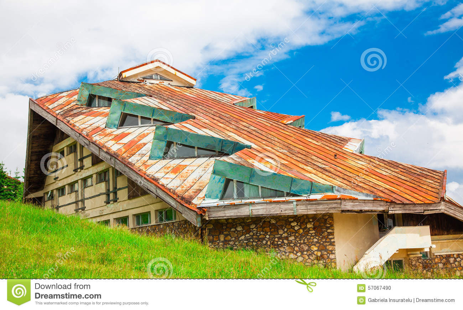 De gereduceerde bouw in Semenic, Roemenië