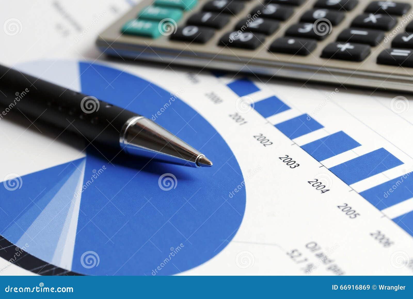 De grafiekenanalyse van de financiële boekhoudingseffectenbeurs