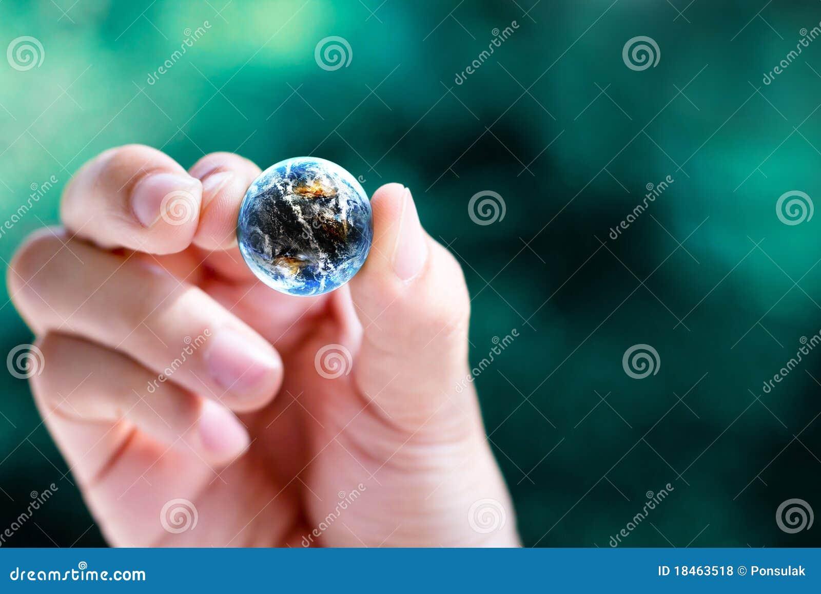 De greep kleine wereld van de hand