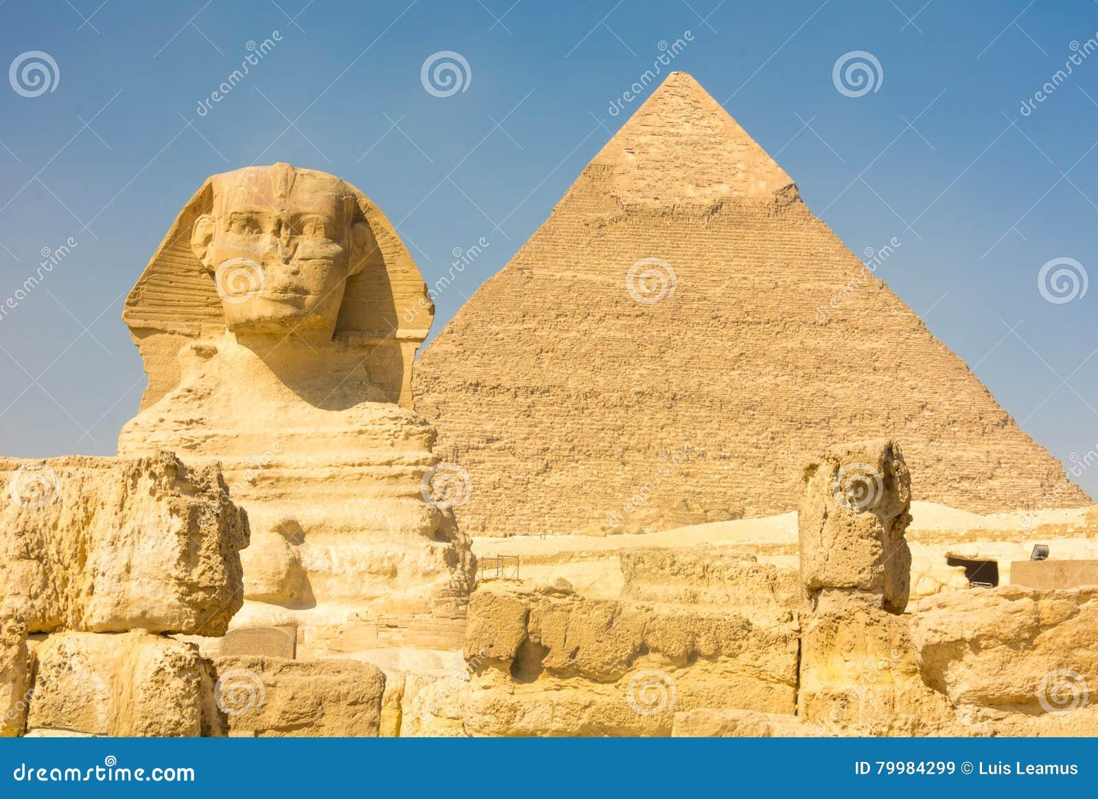 De Grote Sfinx en de Piramide van Kufu, Giza, Egypte