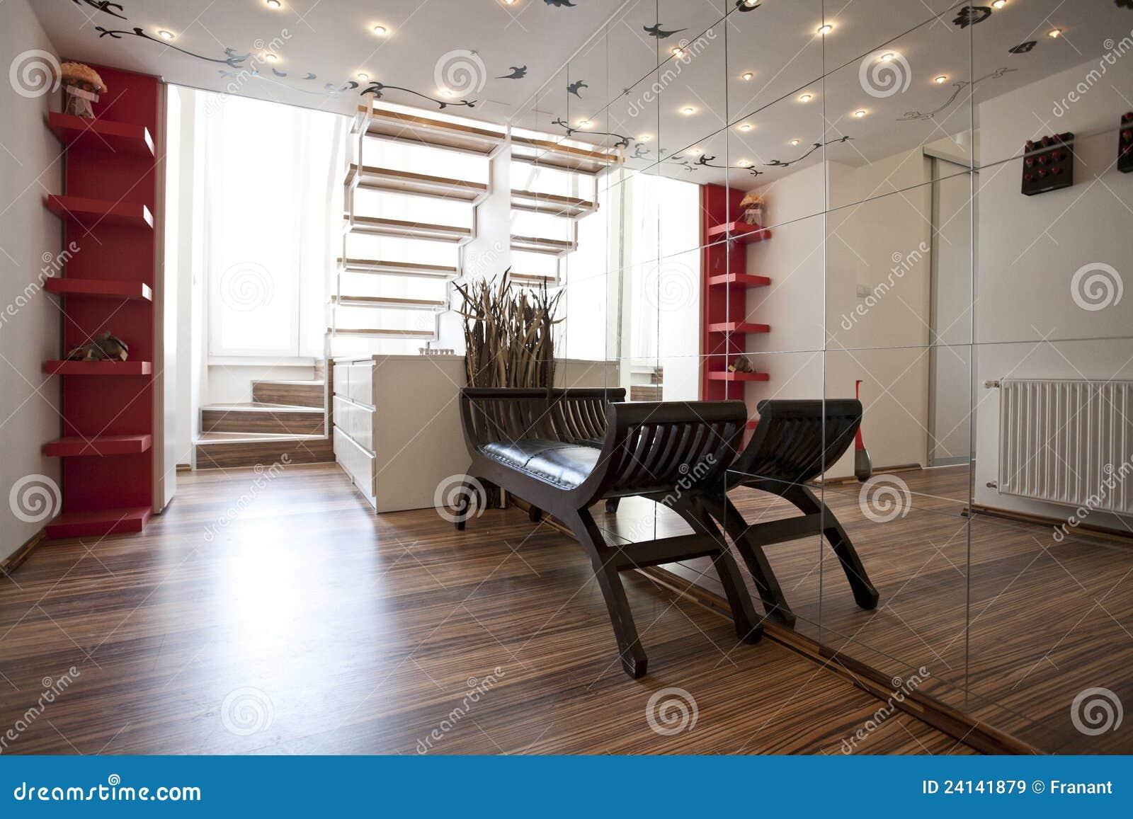 De hal binnenlands ontwerp van het huis stock afbeelding afbeelding 24141879 for Lay outs van het huis hal