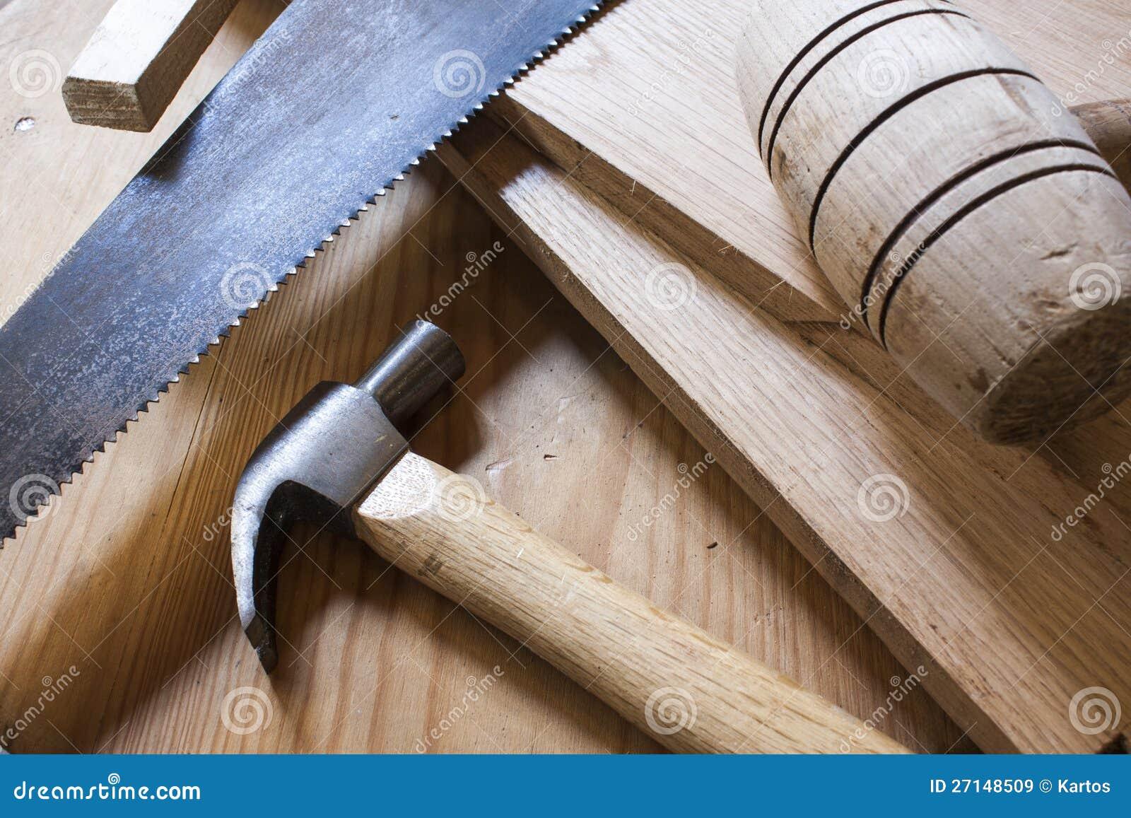 De hamers en de zaag van het timmerwerk royalty vrije stock afbeeldingen afbeelding 27148509 - Houten timmerwerk ...