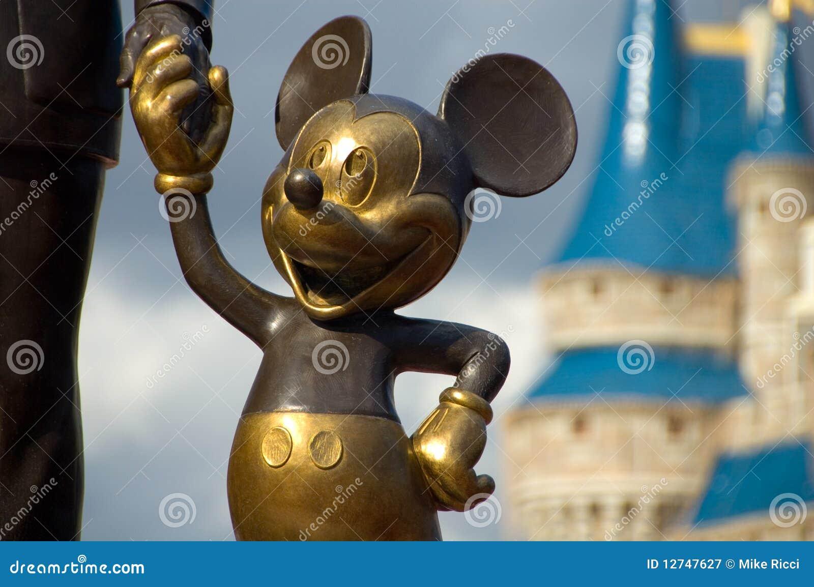 De handen van de Holding van Mickey