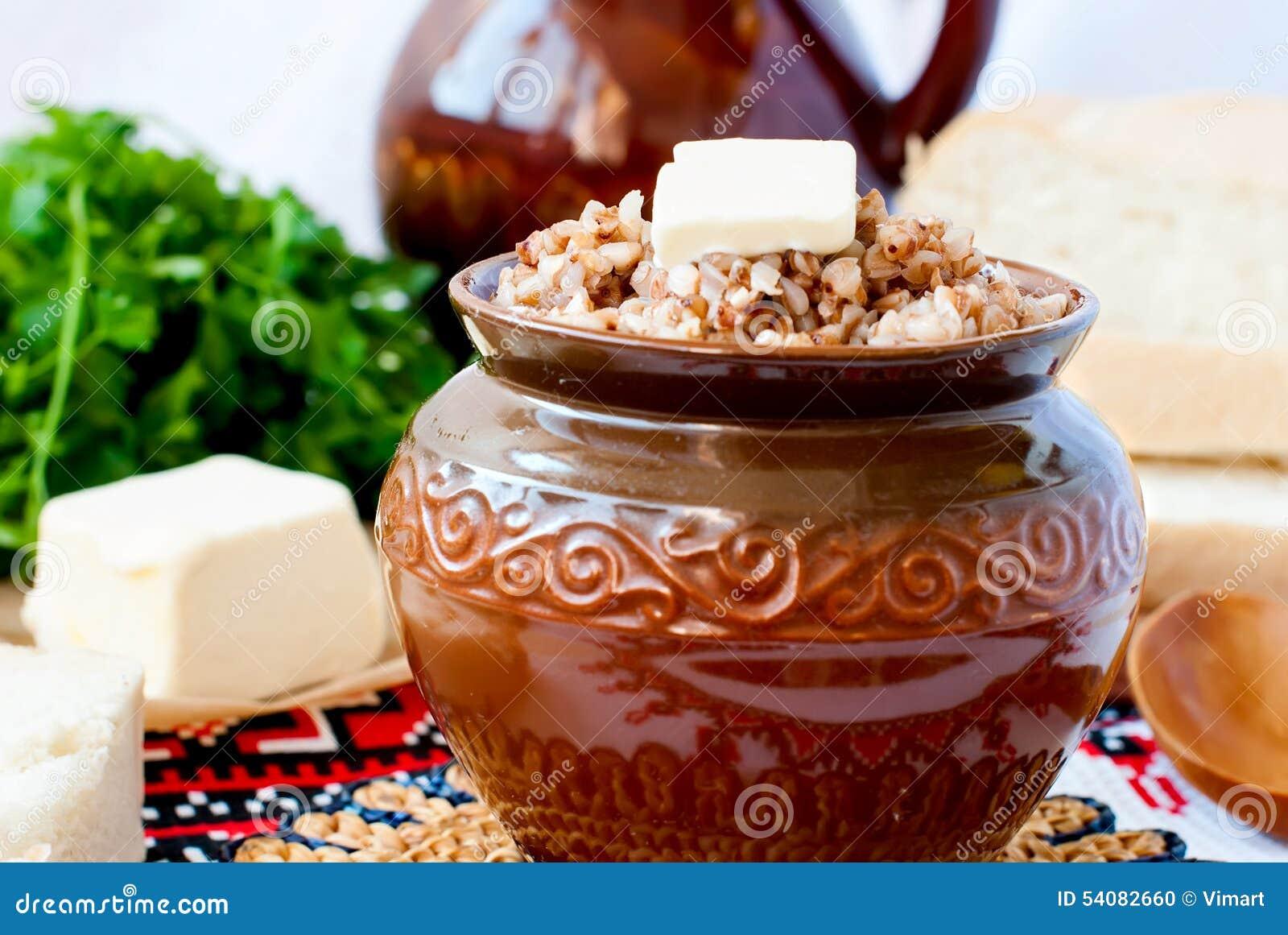 De havermoutpap van het boekweit met boter