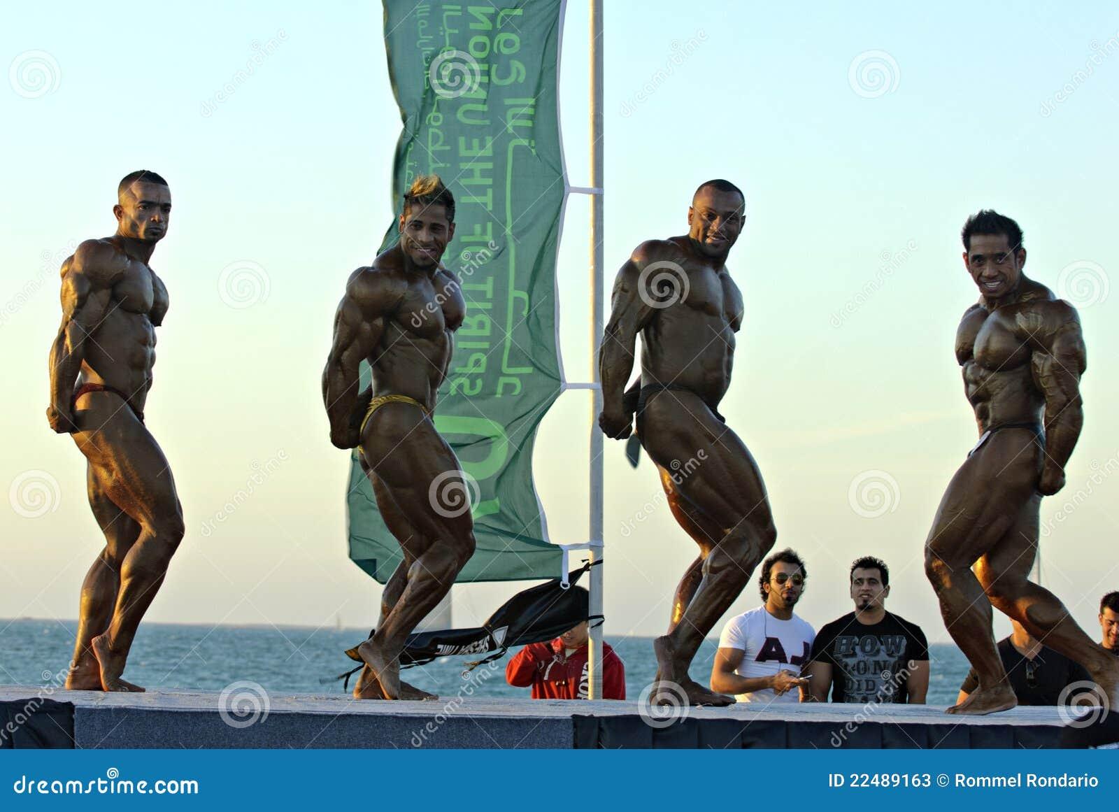 De HEMEL DUIKT Kampioenschap 5 van DOUBAI Bodybuilding