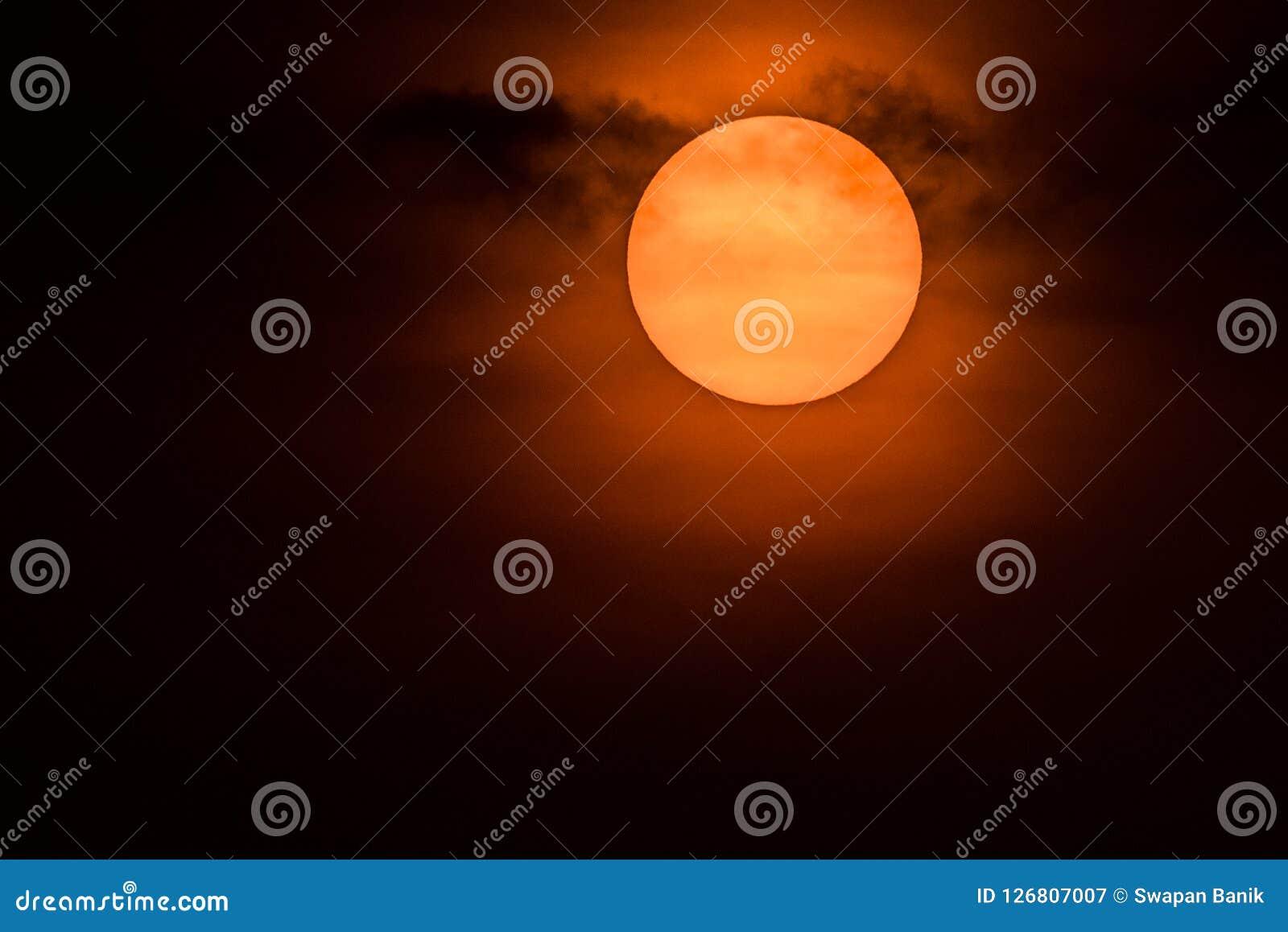 De het toenemen zon