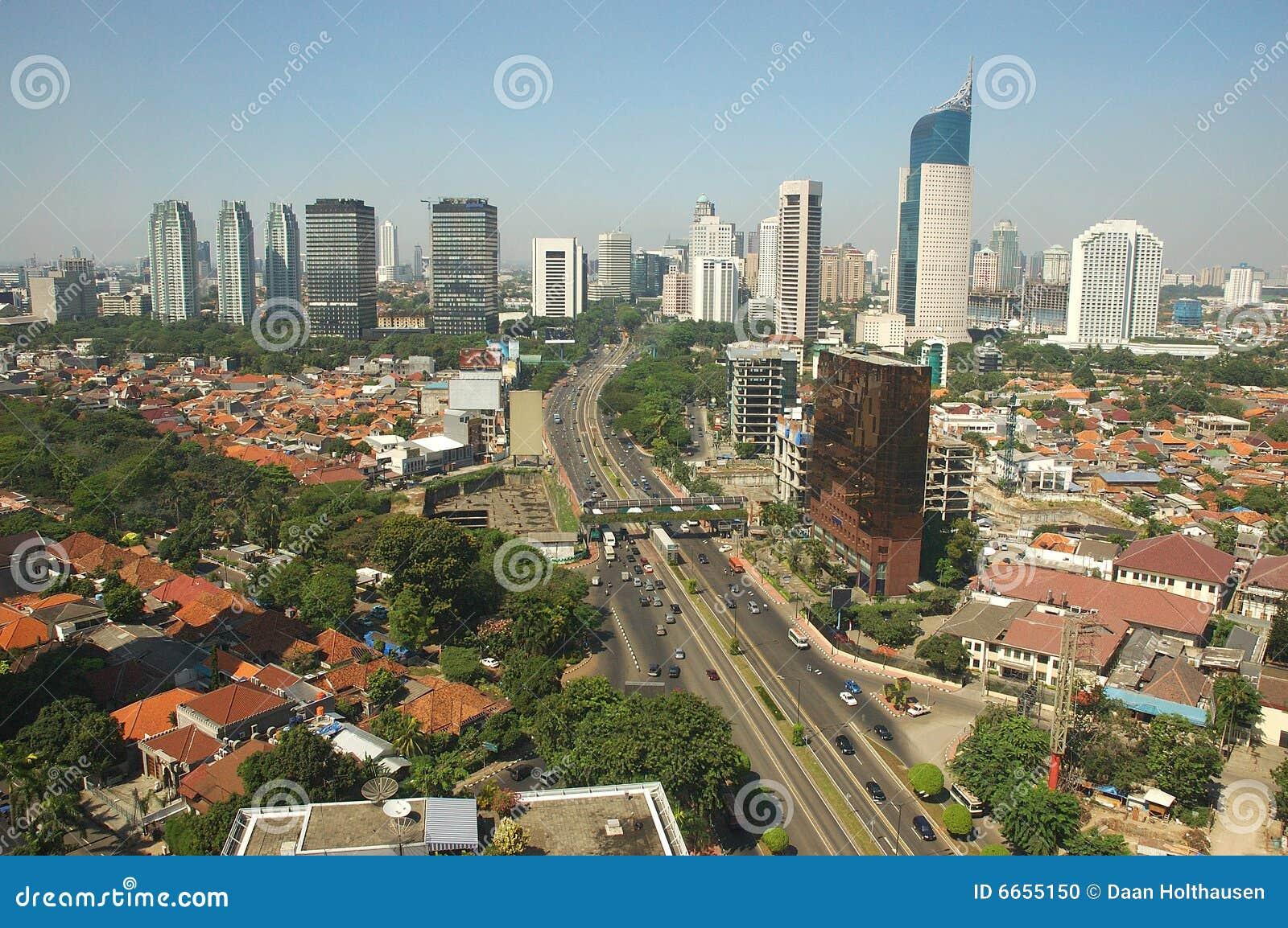 De horizon van Djakarta