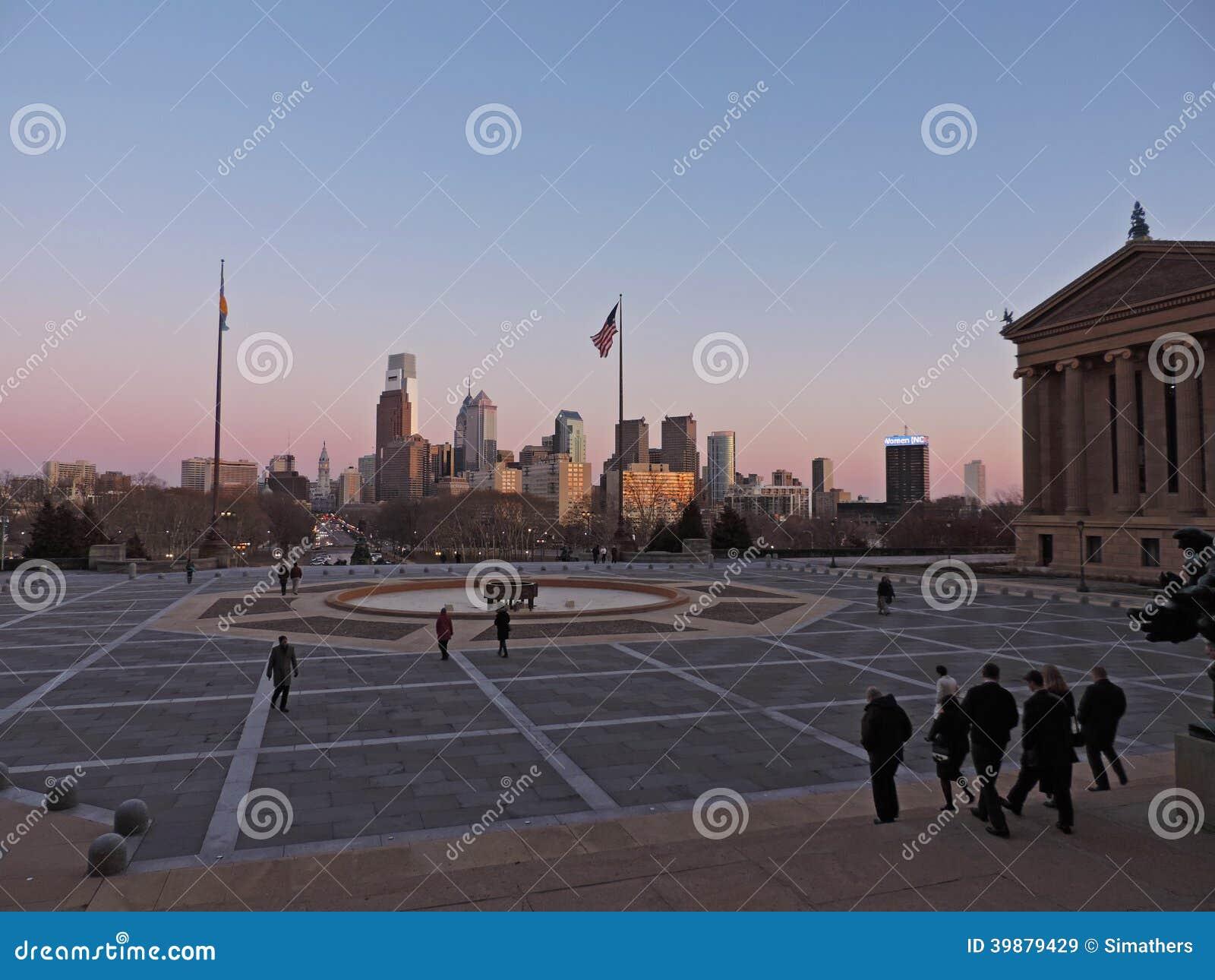 De Horizon van Philadelphia bij Zonsondergang