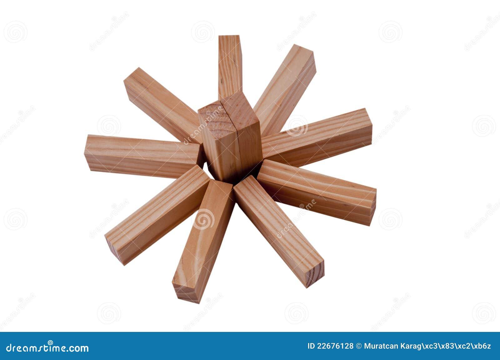 De houten blokken maken een zon of een bloem royalty vrije stock foto 39 s afbeelding 22676128 - Een houten boom maken ...