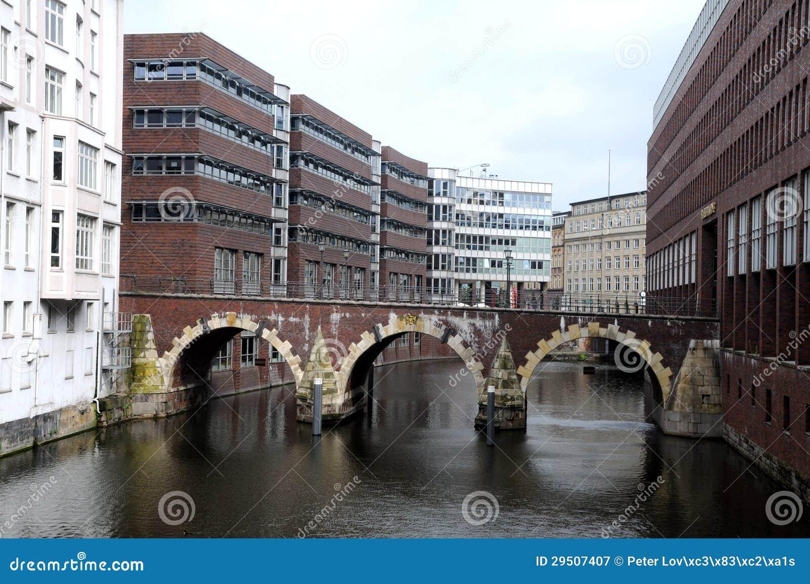 De huizen van het kanaal in Hamburg