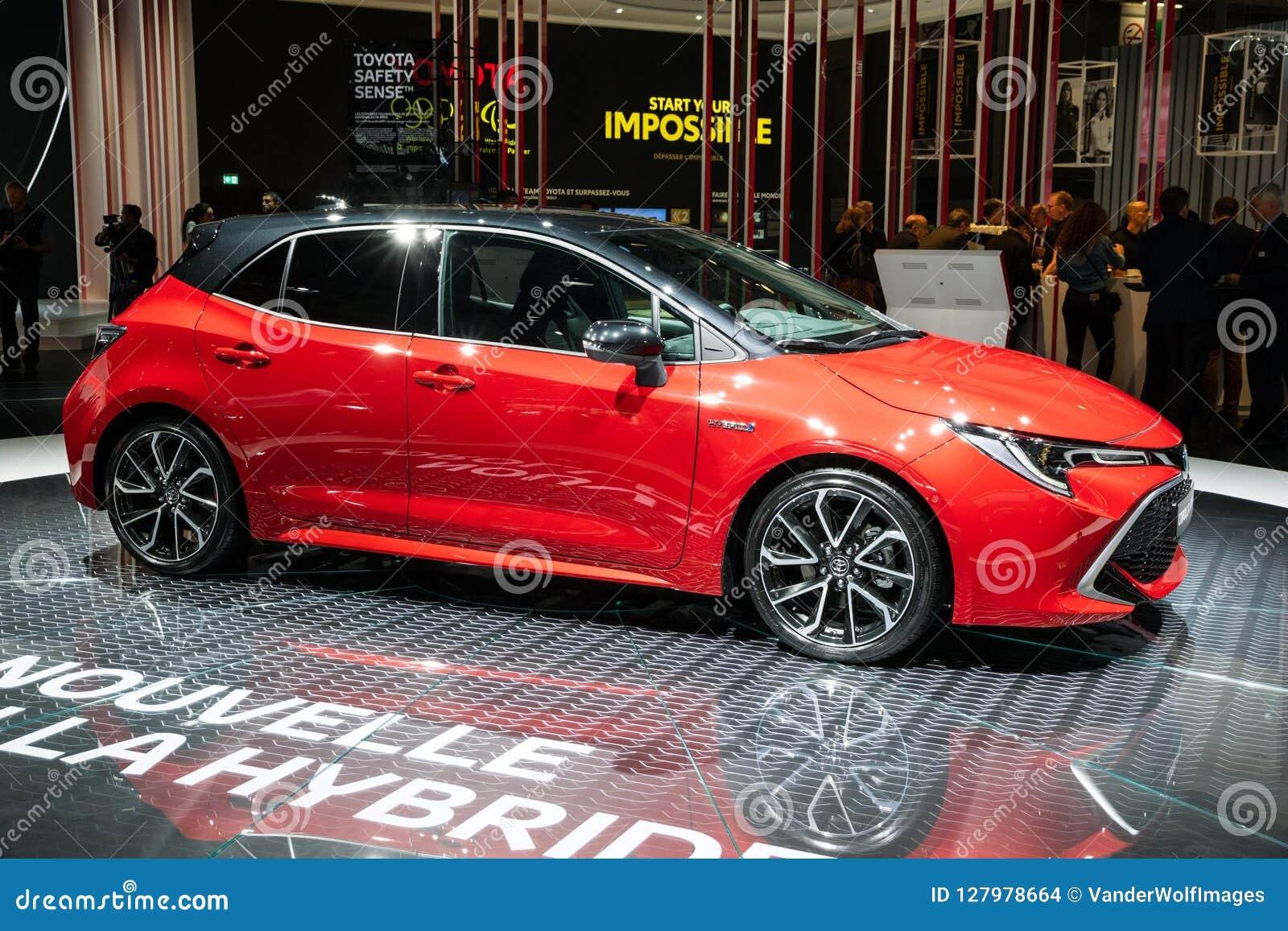 De hybride auto van Toyota Corolla