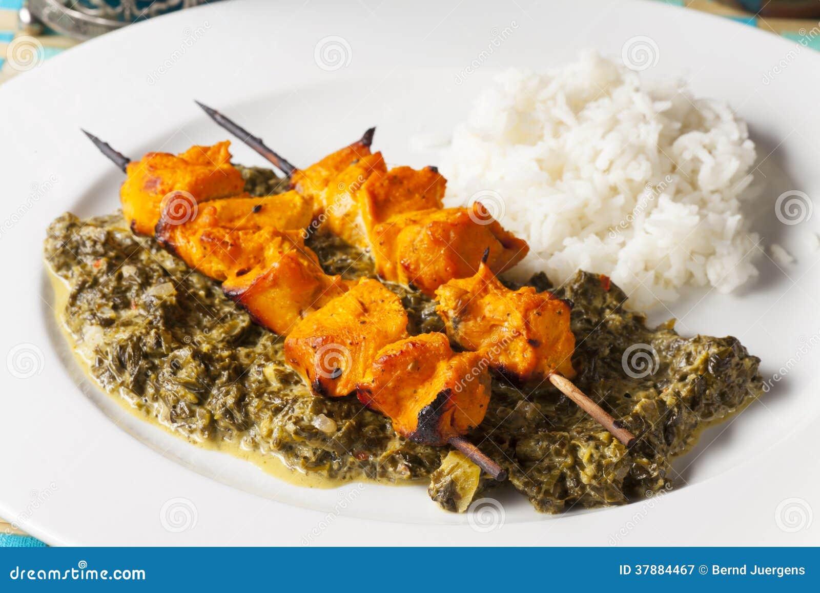 De Indische vleespennen van het kippenvlees