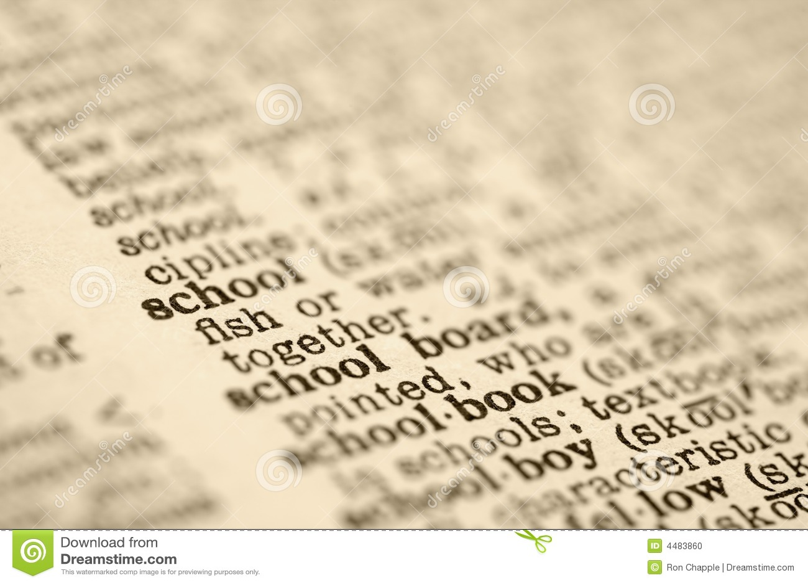 De ingang van het woordenboek voor school.