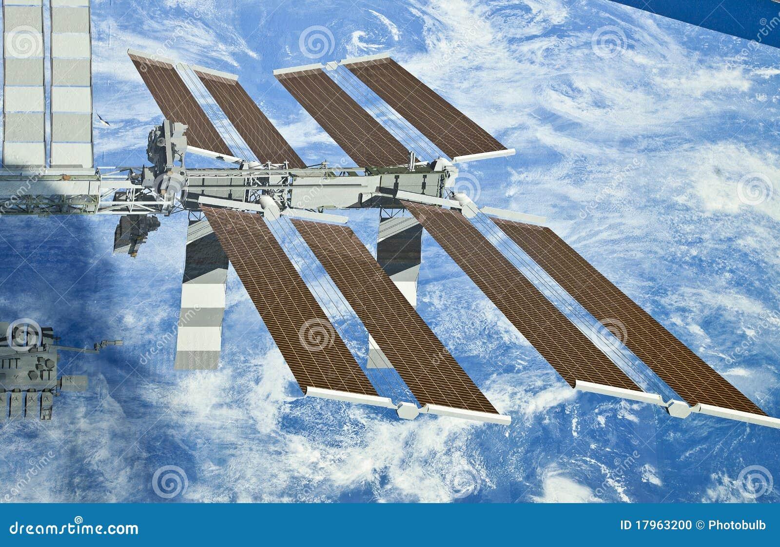 De internationale Vertoning van het Ruimtestation--Zonnepanelen