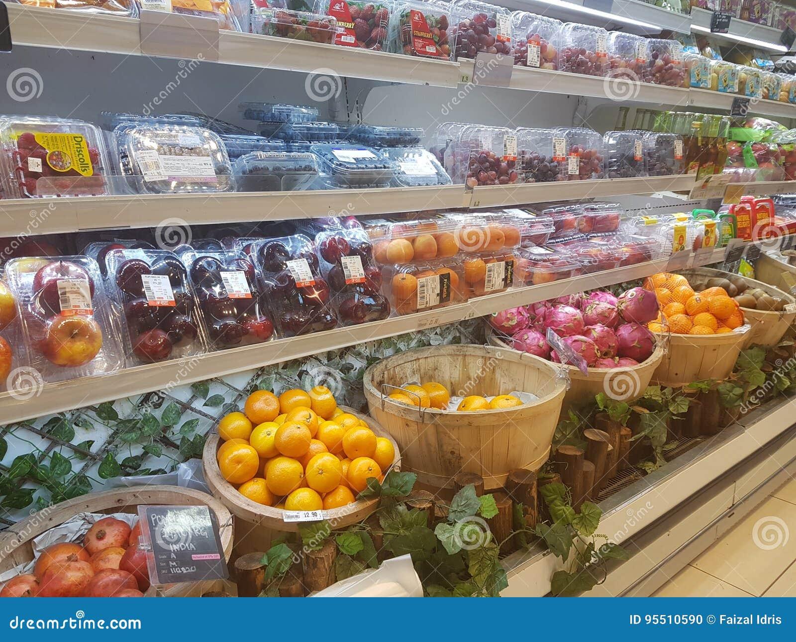 4 de julho de 2017, Selayang Selangor Os frutos indicam em Jaya Grocer Supermarket