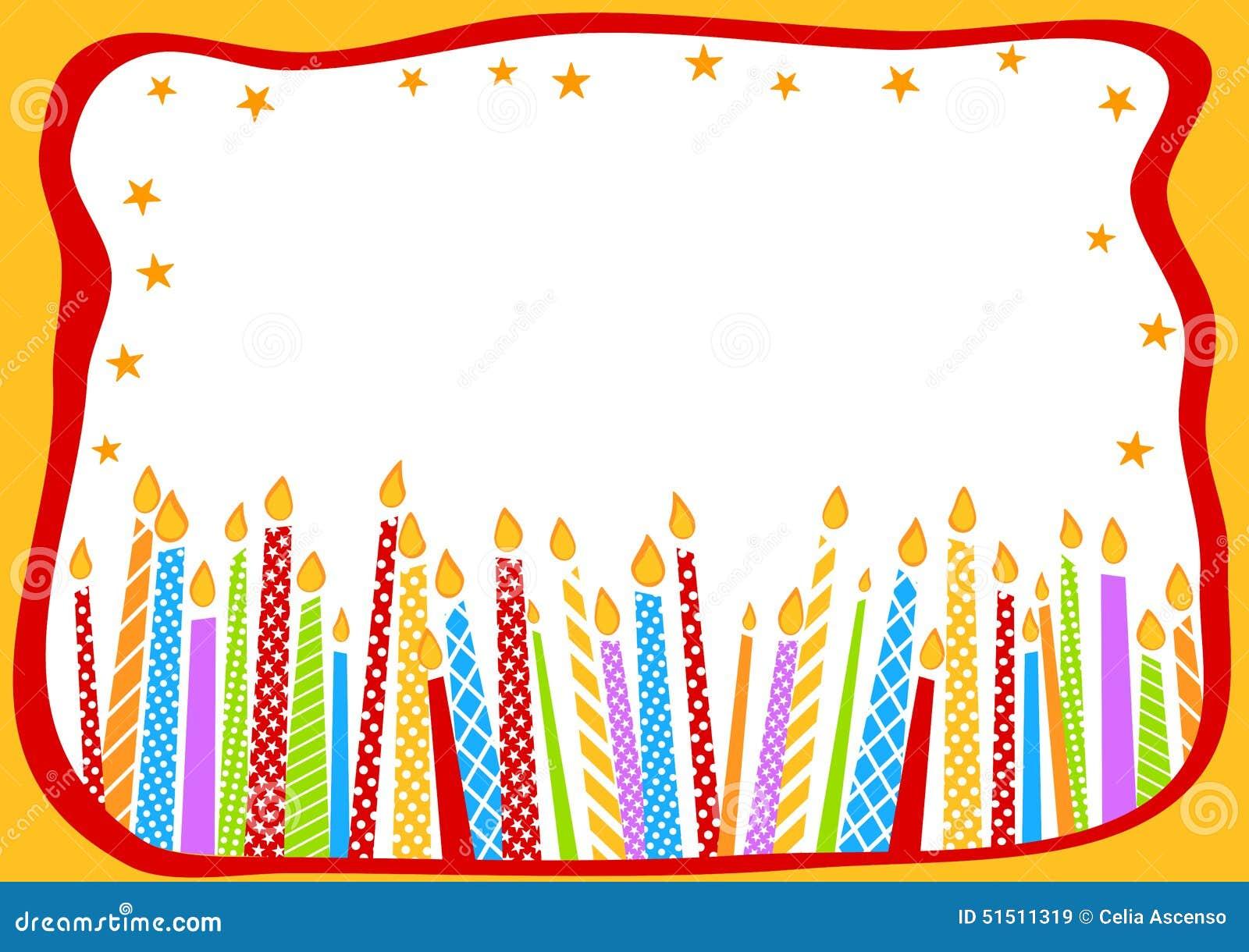 De kaart van de verjaardag met kaarsen