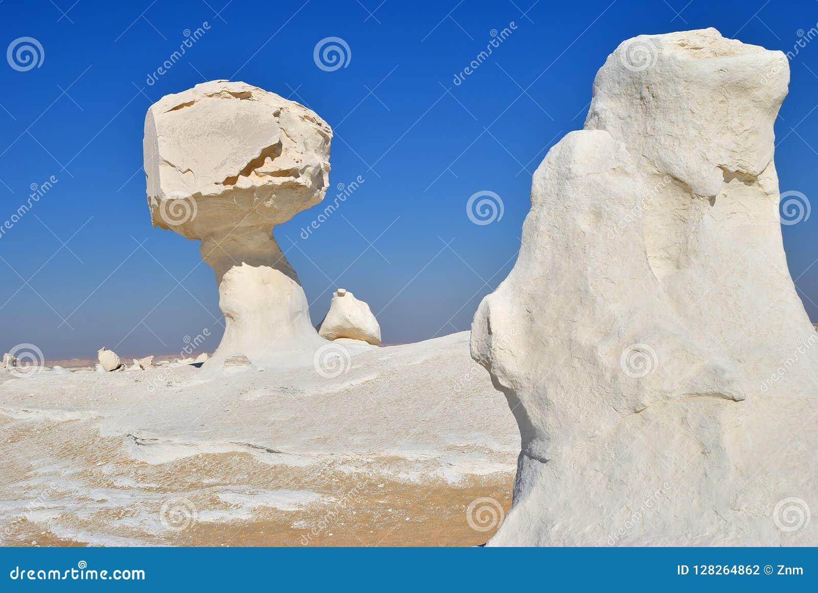 De kalksteenvorming in Witte woestijn Sahara Egypt