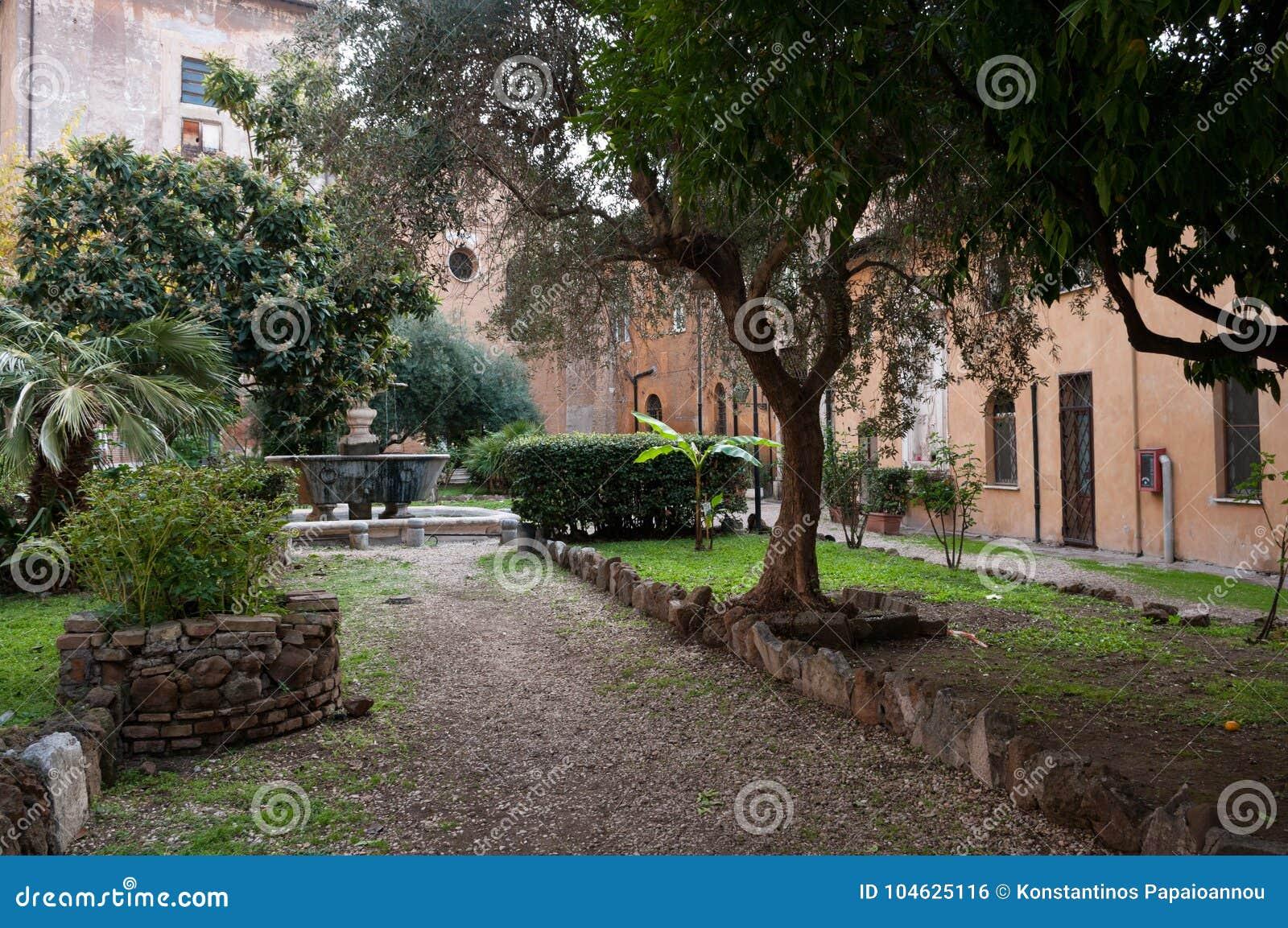 Download De Kerk Van San Cosimato In Rome Stock Foto - Afbeelding bestaande uit abbey, chapel: 104625116