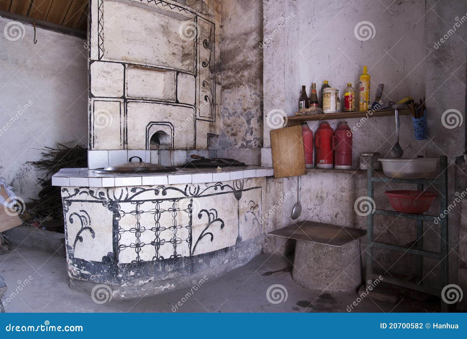 Voorraadkast Keuken Inhoud : De Keuken Van De Boerderij Stock Fotografie – Afbeelding: 20700582