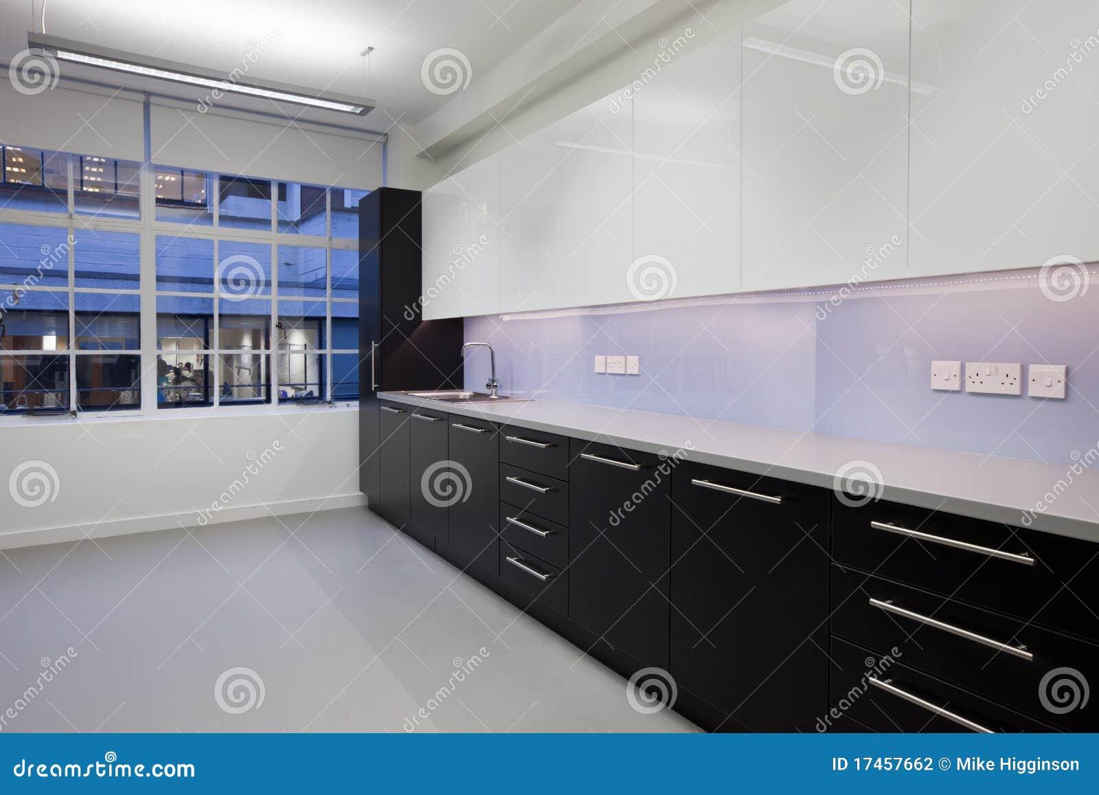 De keuken van de werkplaats stock fotografie afbeelding 17457662 - Keuken glas werkplaats ...