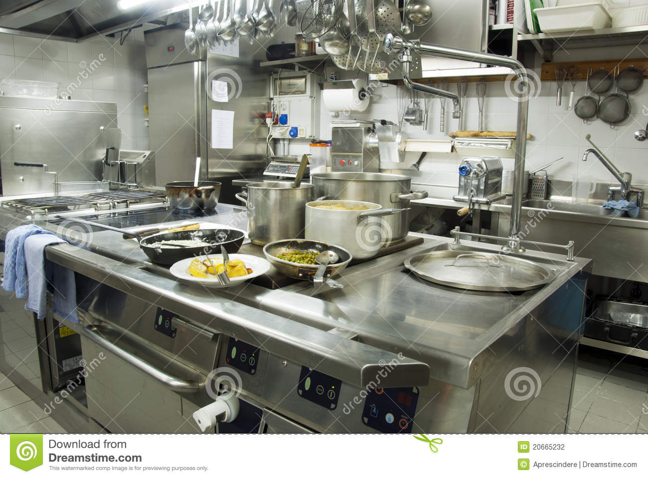 Moderne Keuken Restaurant : Restaurant Kitchen Photography