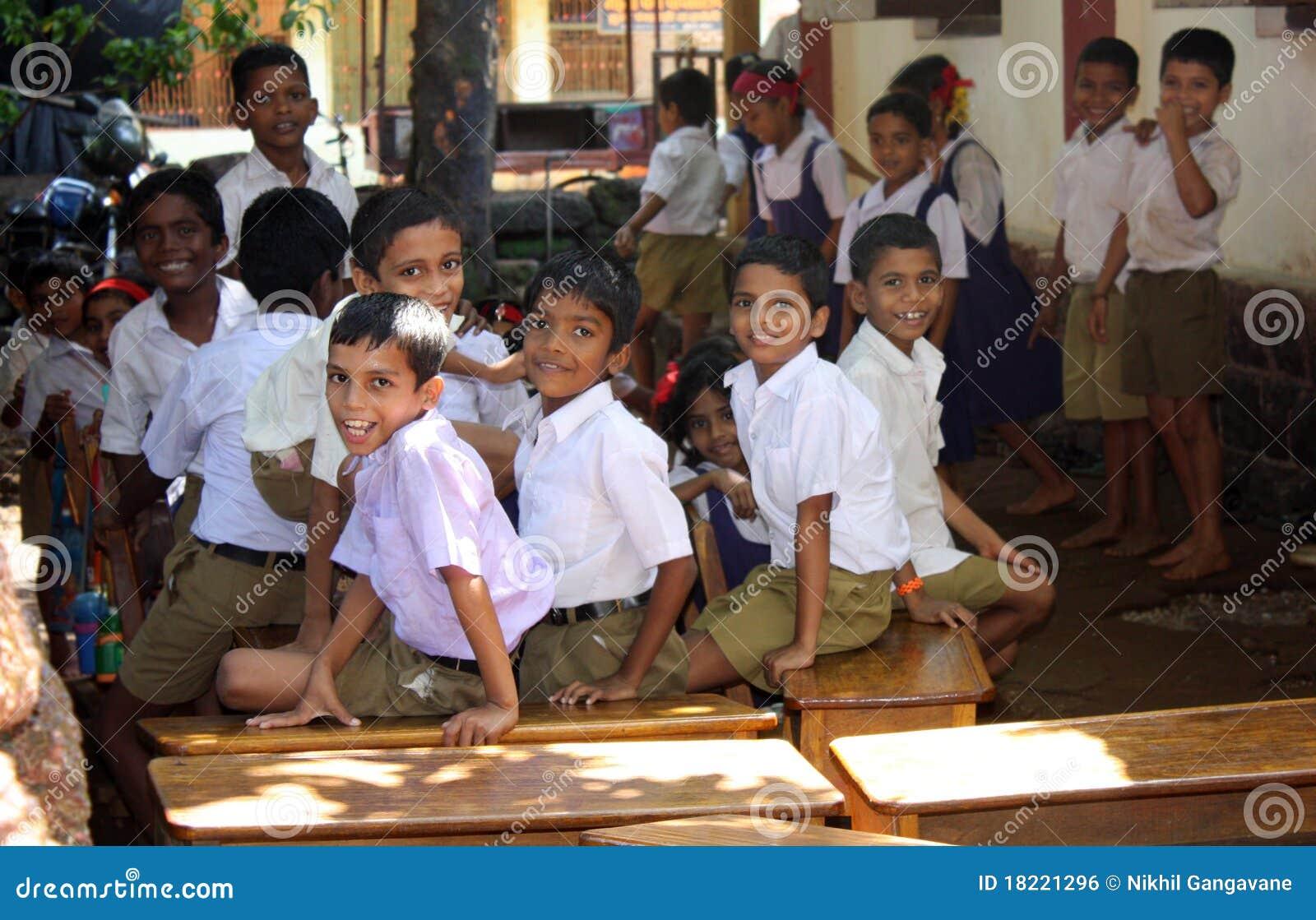 De Kinderen van de School van het dorp