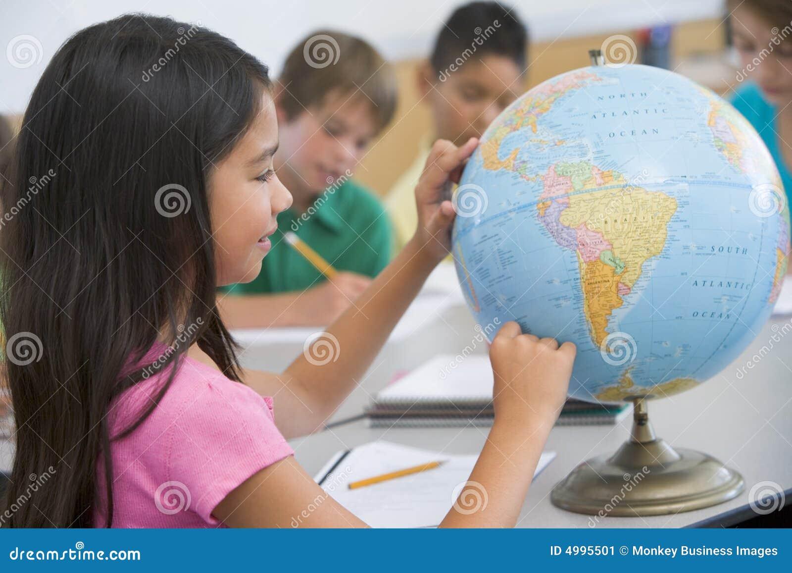 De klasse van de basisschoolaardrijkskunde