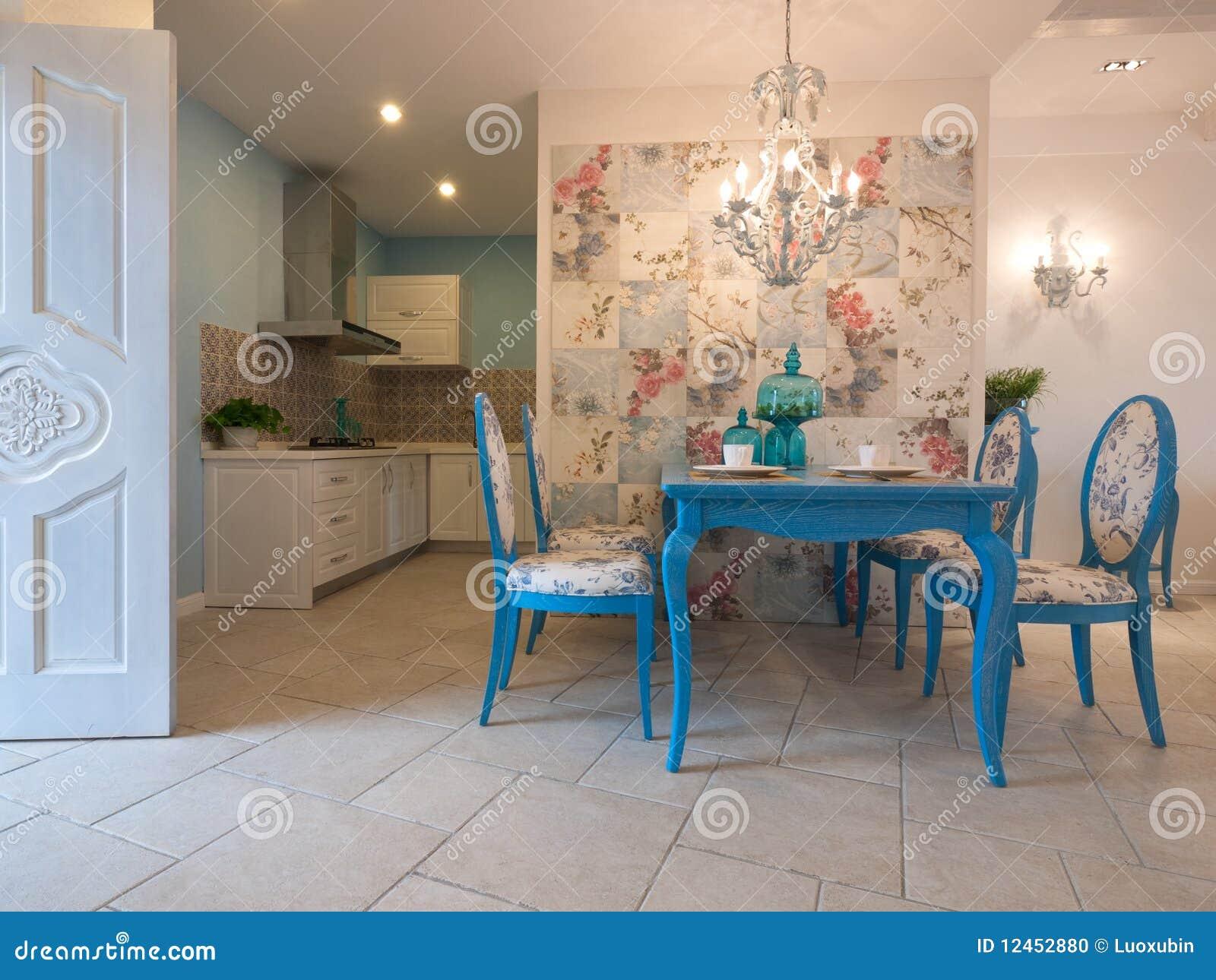 De klassieke eetkamer van de luxe stock foto beeld 12452880 - Idee van de eetkamer ...