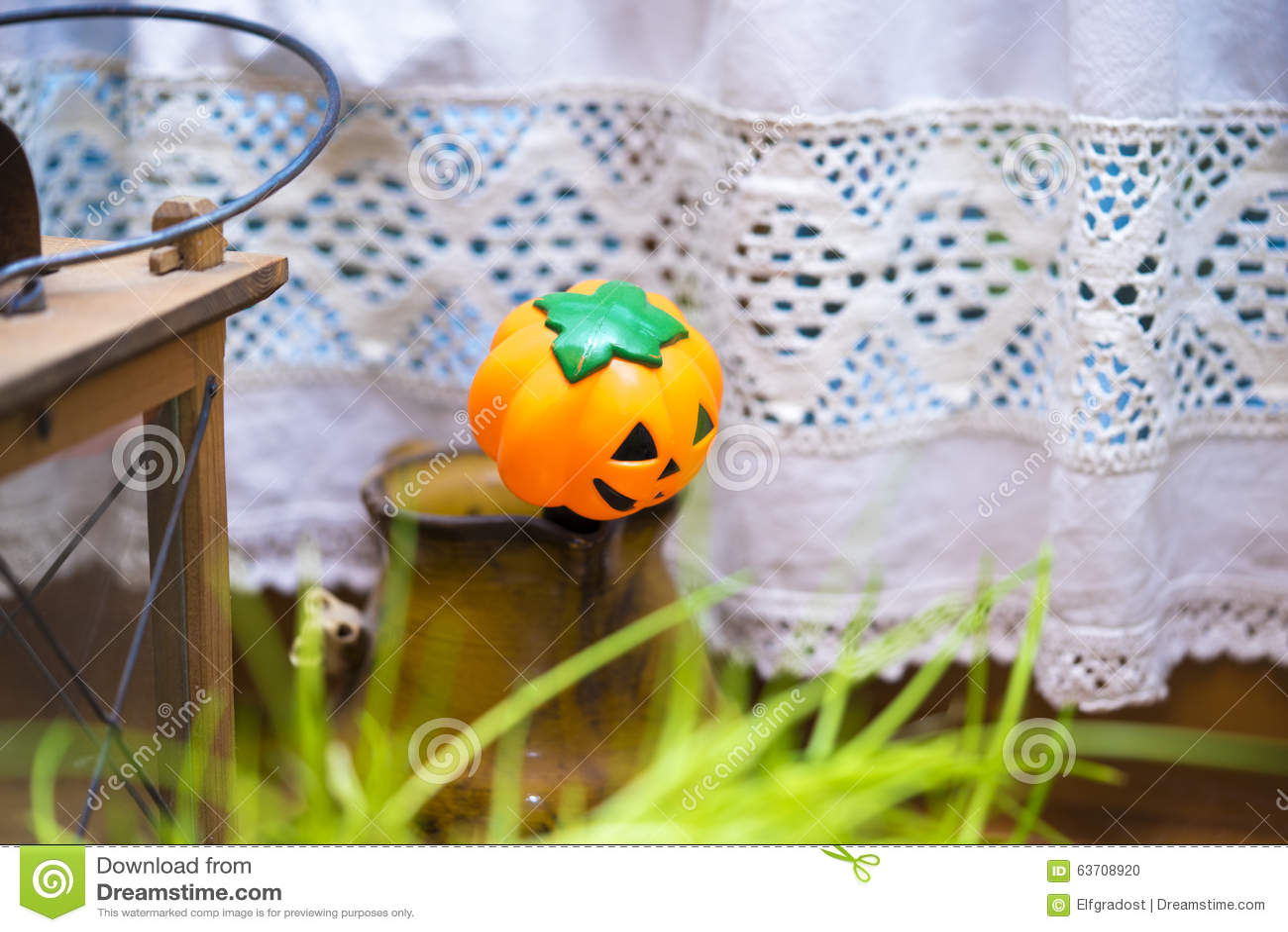 De kleine decoratie van de hefboomo lantaarn in het plaatsen van het land stock foto - Decoratie van de kamers van de meiden ...