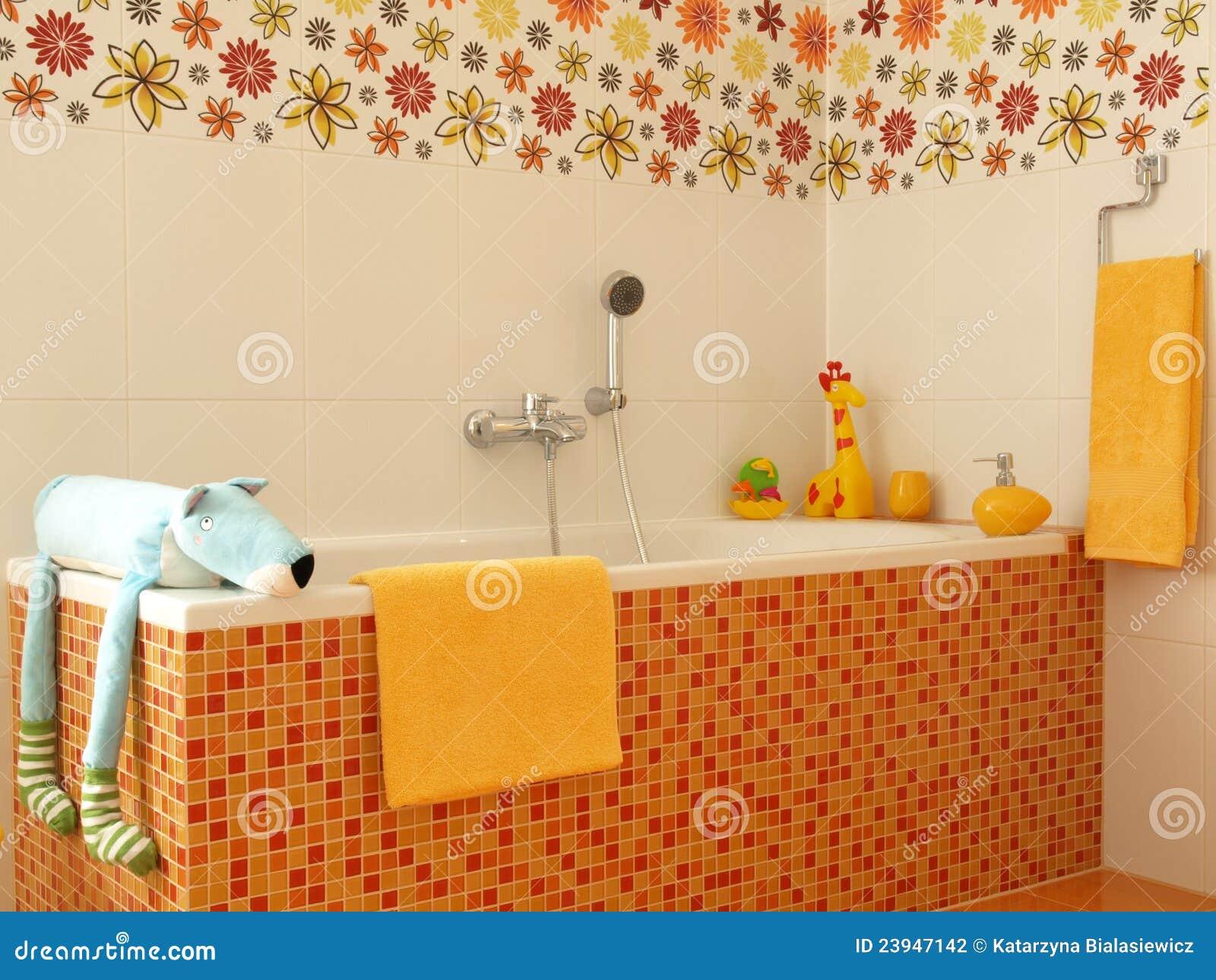 De Kleurrijke Badkamers Van Kinderen. Stock Foto - Afbeelding ...