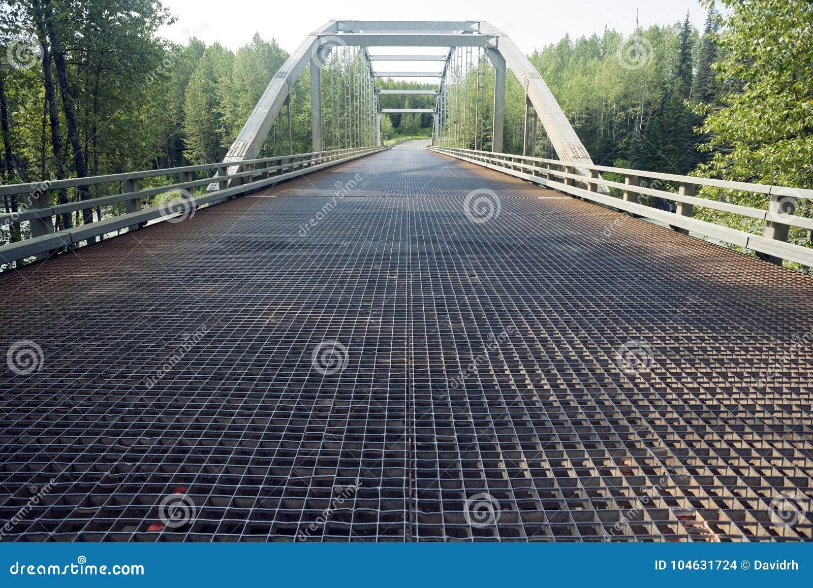 Download De Klok-Irving Rivierbrug In Brits Colombia, Canada Stock Foto - Afbeelding bestaande uit spanwijdte, colombia: 104631724