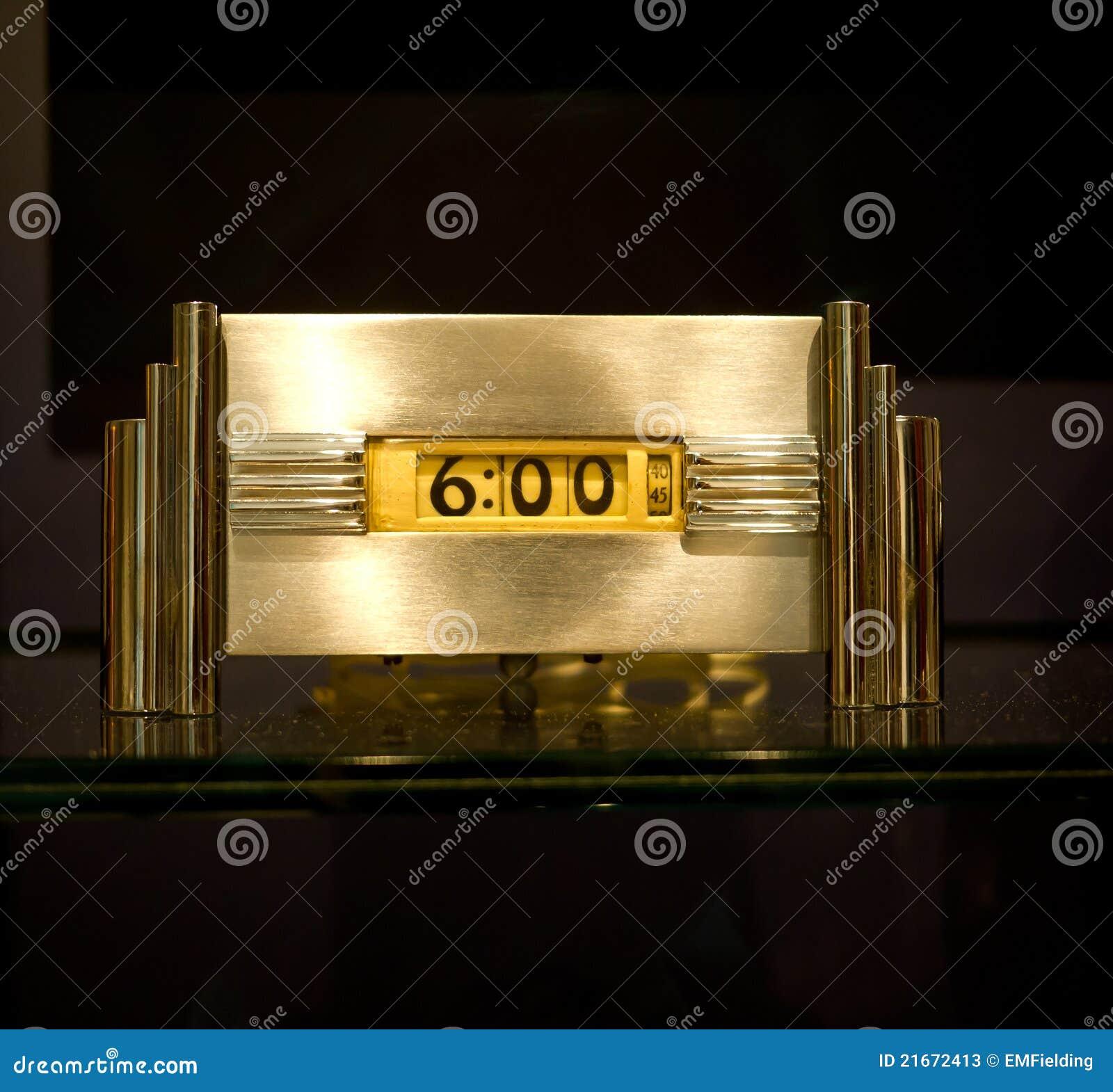 De klok van het art deco stock foto 39 s beeld 21672413 - Deco van de gang ...