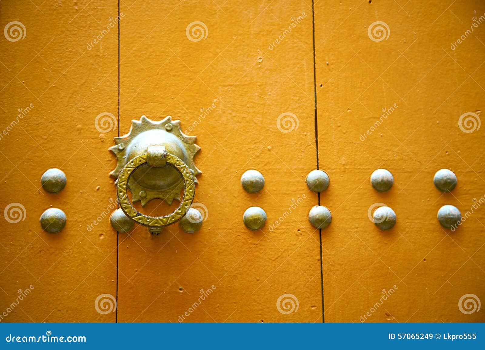 De kloppers van Marokko in Afrika de oude sinaasappel