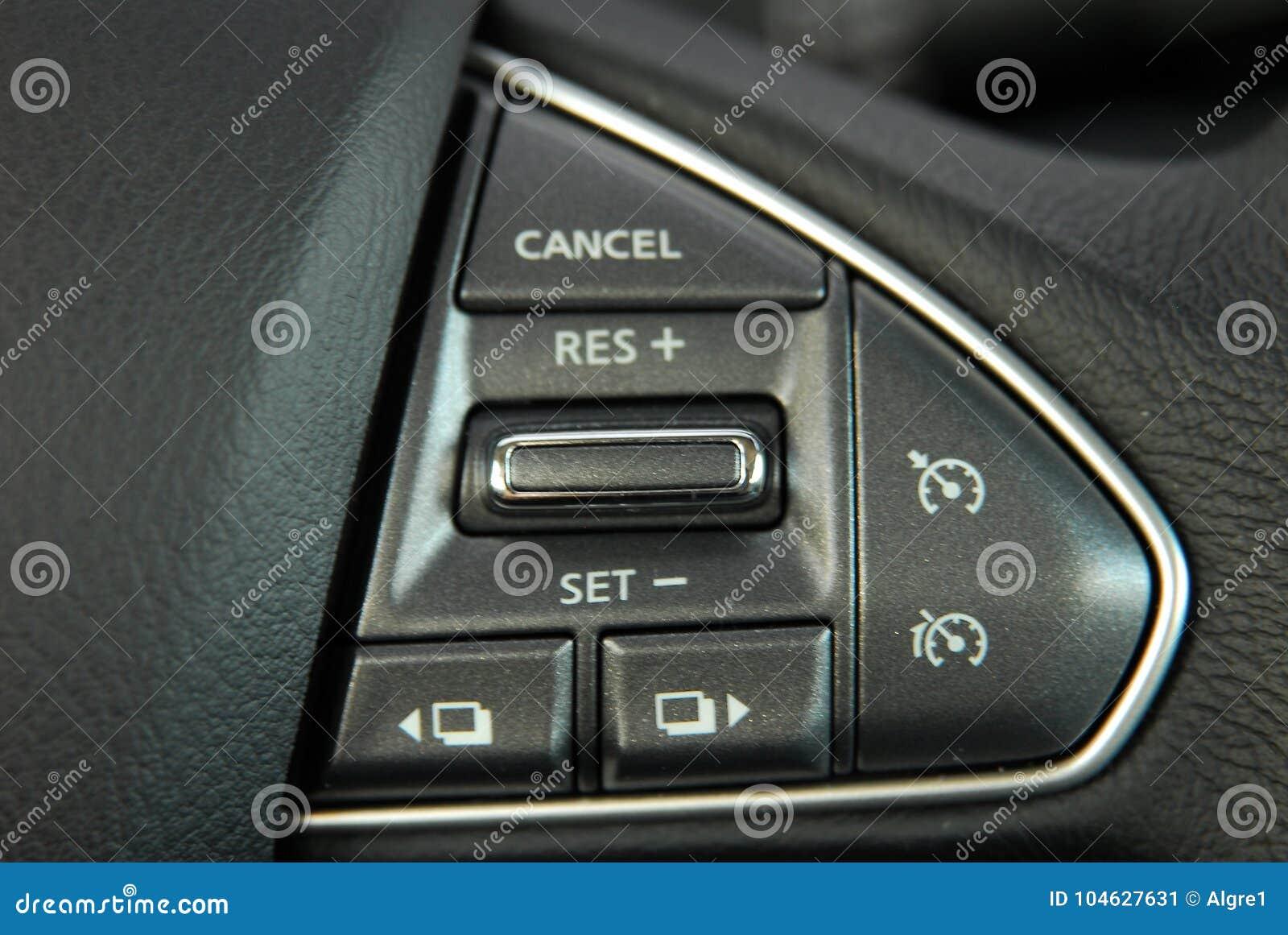 Download De Knoop Van De Cruisecontrole Stock Afbeelding - Afbeelding bestaande uit bestuurder, blacktop: 104627631