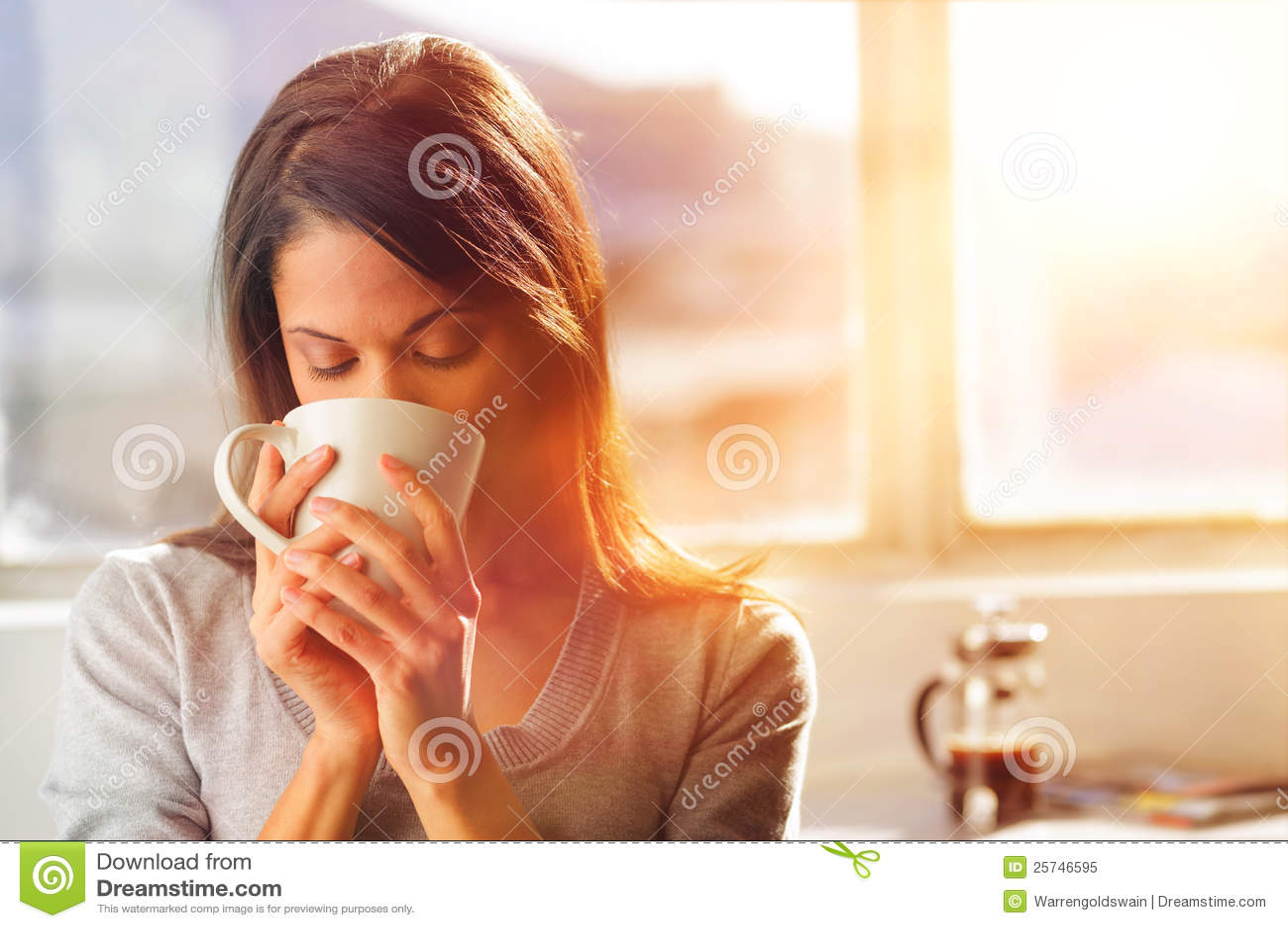 De koffievrouw van de zonsopgang